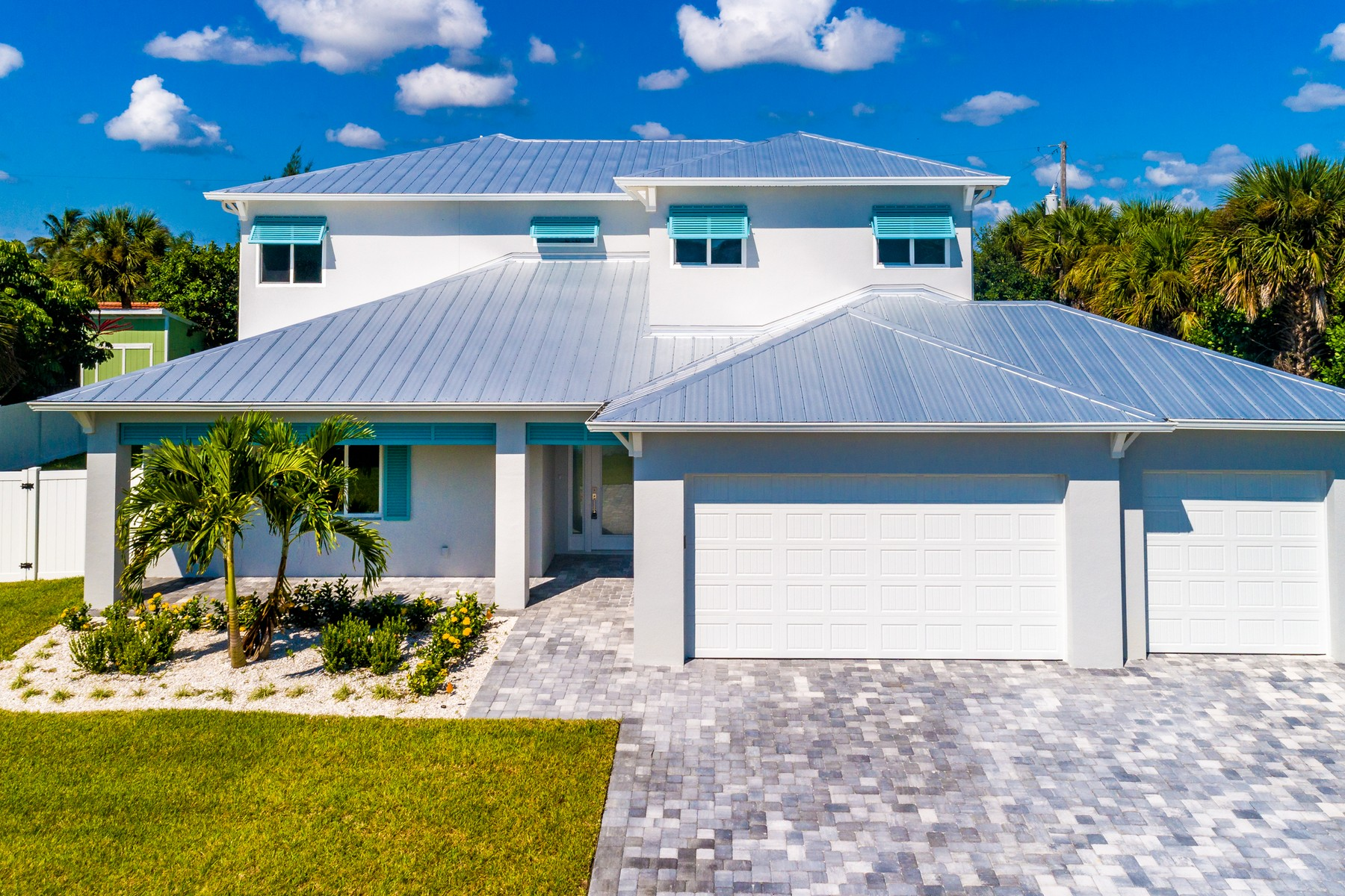 Single Family Homes for Sale at River Colony East 402 Colony Street Melbourne Beach, Florida 32951 United States