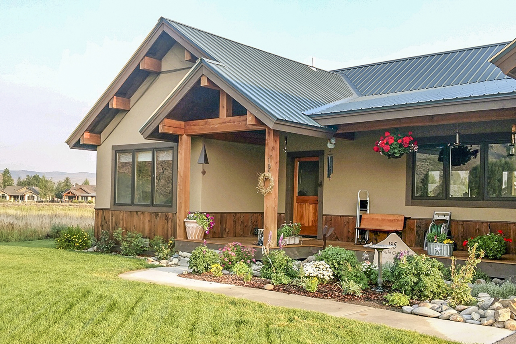 Single Family Home for Active at Private gated community and close to Dos Rios Golf Course 185 Tomichi Creek Loop Gunnison, Colorado 81230 United States