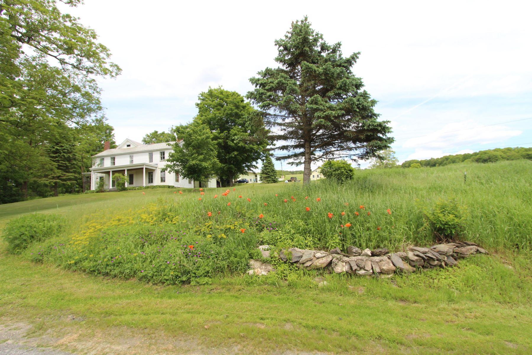 農場 / 牧場 / 種植場 為 出售 在 Ramble-Rock Farm 1418 Buskirk West Hoosick Road, Buskirk, 纽约 12028 美國