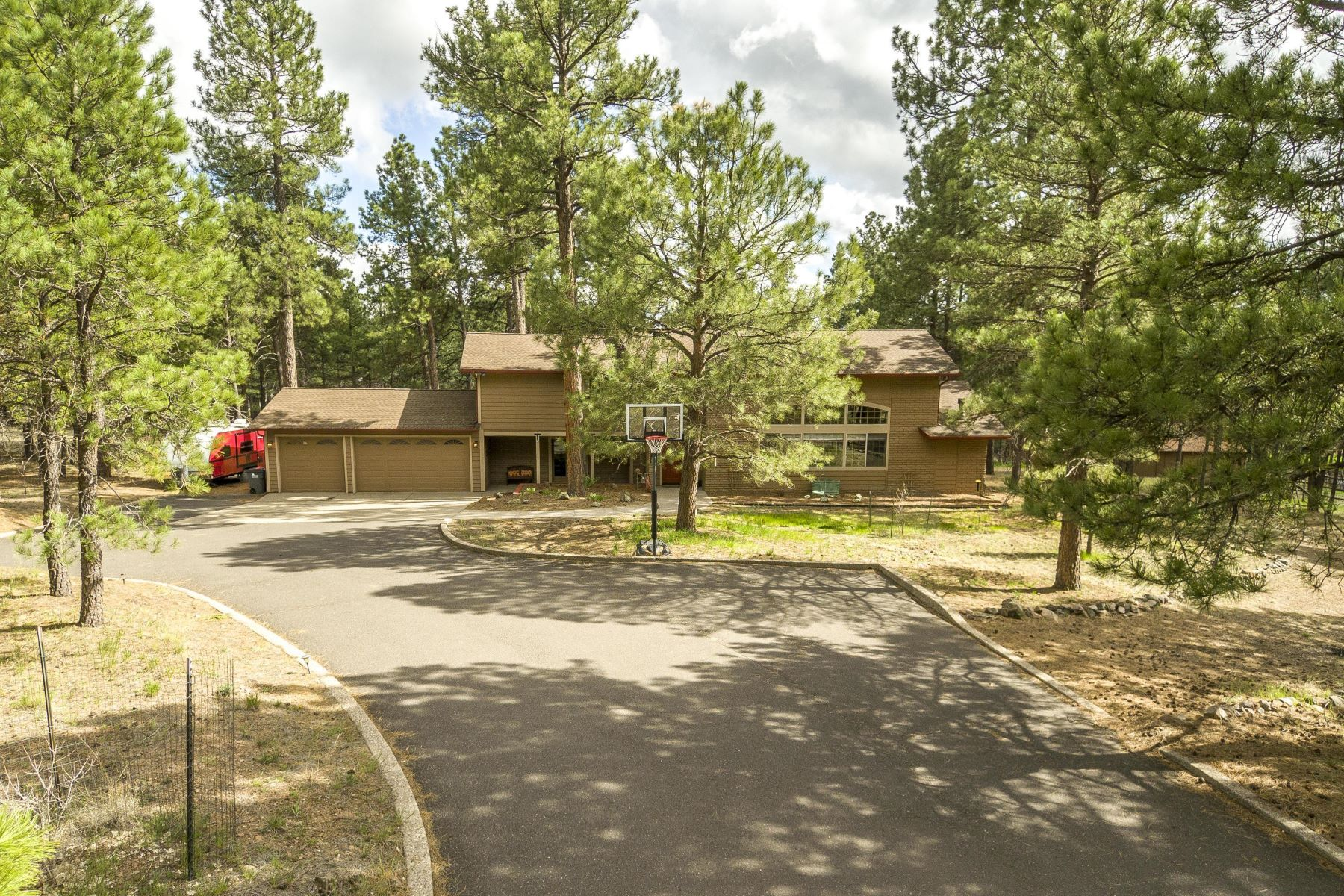 Single Family Homes for Active at Peaceful Mountain Retreat 5200 Magdalena RD Flagstaff, Arizona 86001 United States