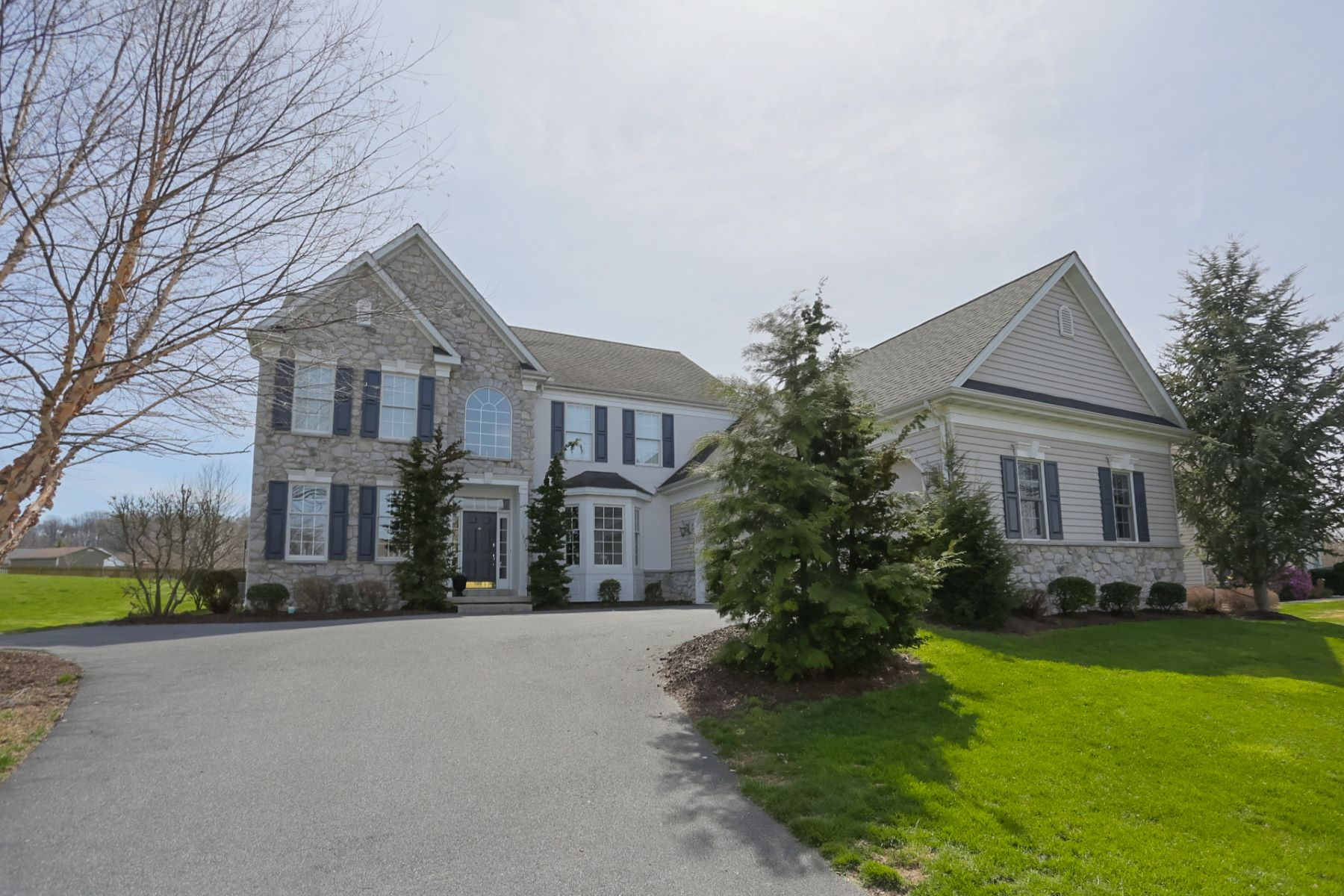 Single Family Home for Sale at 1351 Windemere 1351 Windemere Lane Landisville, Pennsylvania 17538 United States