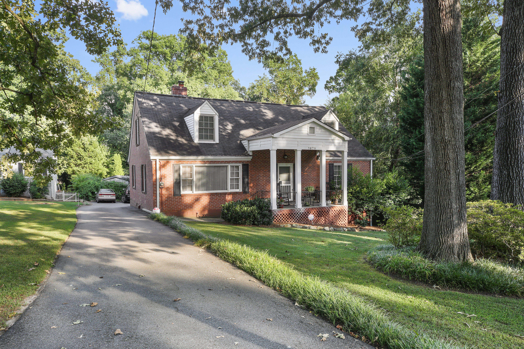 Single Family Home for Sale at Spacious Brookhaven Beauty With Amazing Backyard! 1678 N Druid Hills Road NE Brookhaven, Georgia 30319 United States