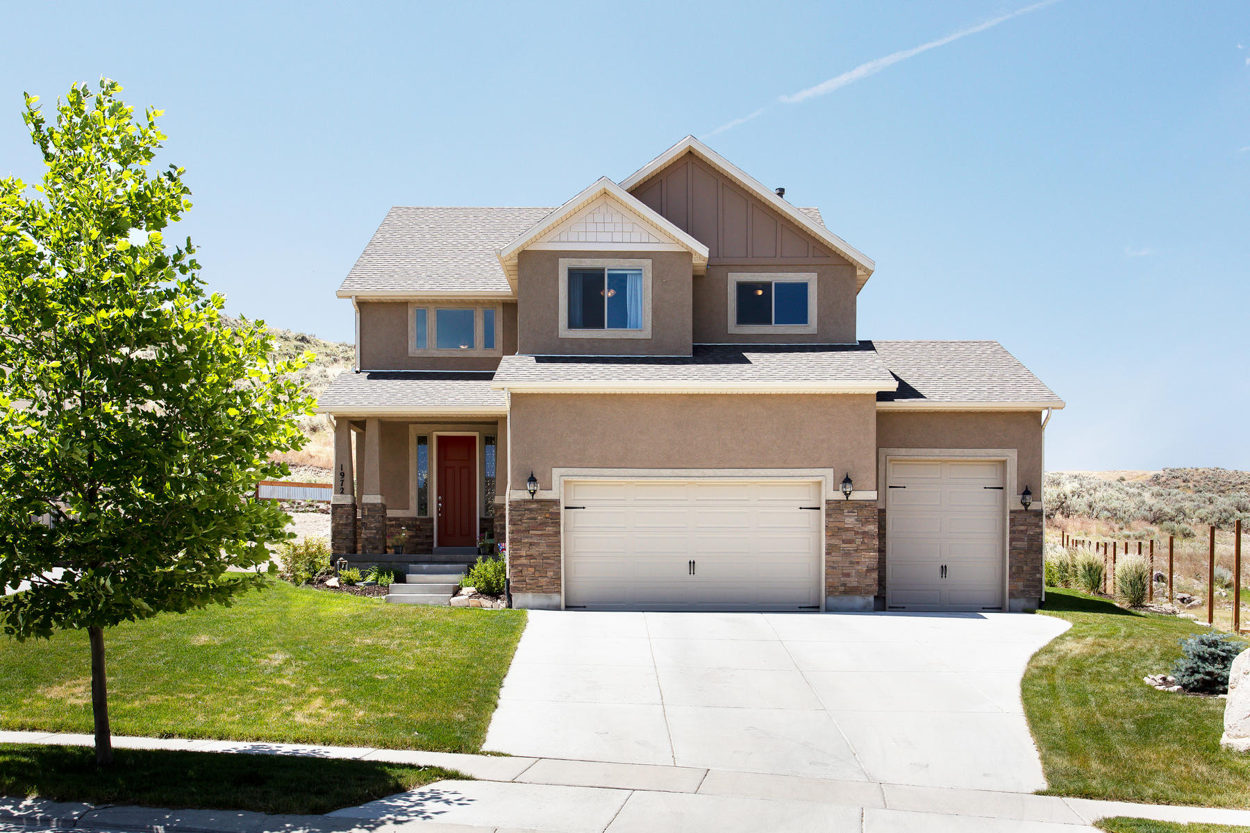 Single Family Homes for Active at Well Maintained Home Is Move In Ready 1972 E Pine Cone Rd Eagle Mountain, Utah 84005 United States