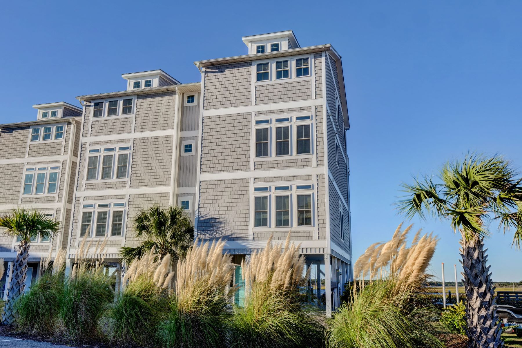 townhouses for Active at Deepwater Dream 105 B Bluewater Lane Surf City, North Carolina 28445 United States