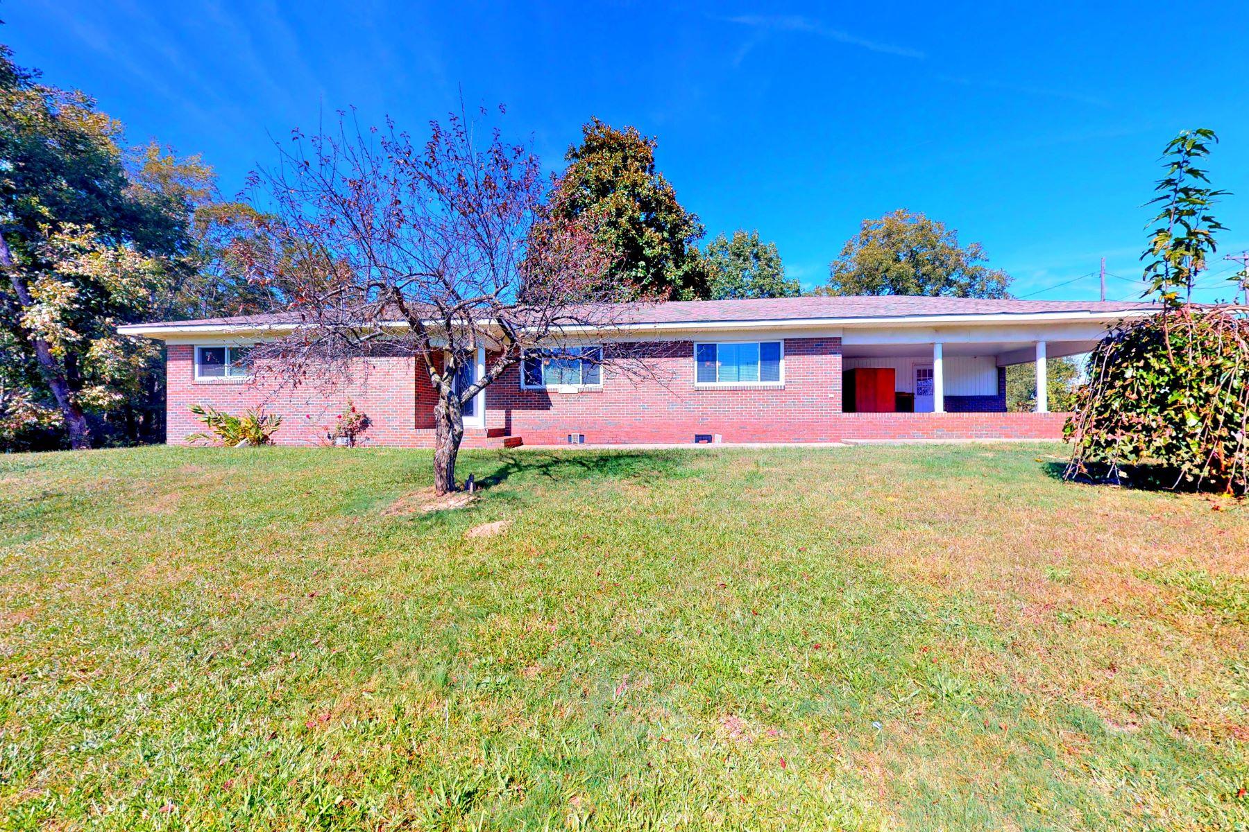 Single Family Homes por un Venta en 455 County Road 179 Crossville, Alabama 35962 Estados Unidos