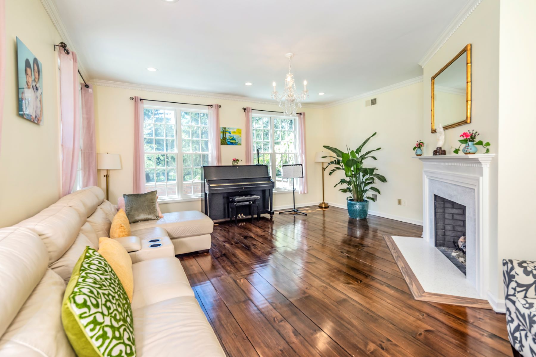 Additional photo for property listing at Park-Like Setting for Spectacular Custom Home 83 Winfield Road, Princeton, New Jersey 08540 United States