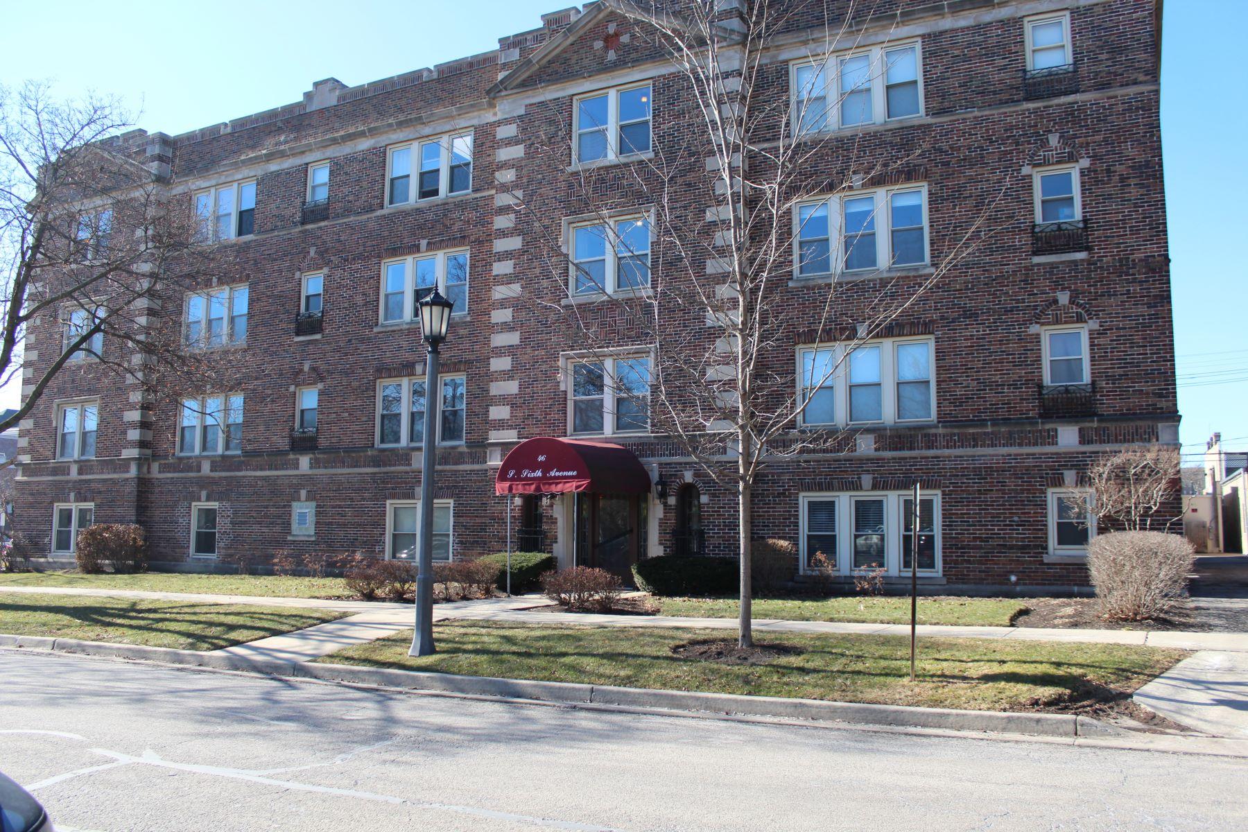 Maison unifamiliale pour l à vendre à 46 6th Ave 46 6th Ave Unit GK, La Grange, Illinois, 60525 États-Unis