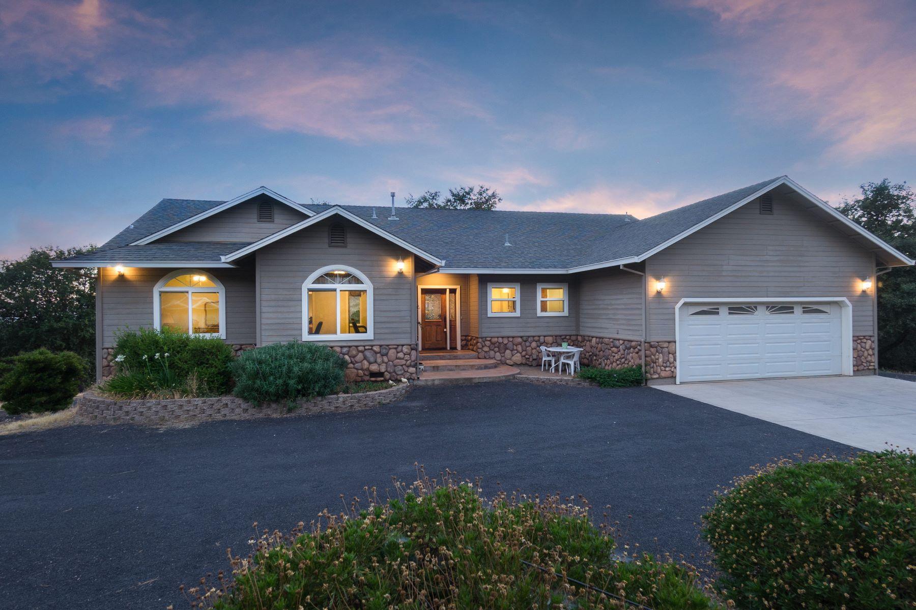 واحد منزل الأسرة للـ Sale في 10100 Fig Tree Lane, Jackson Jackson, California 95642 United States