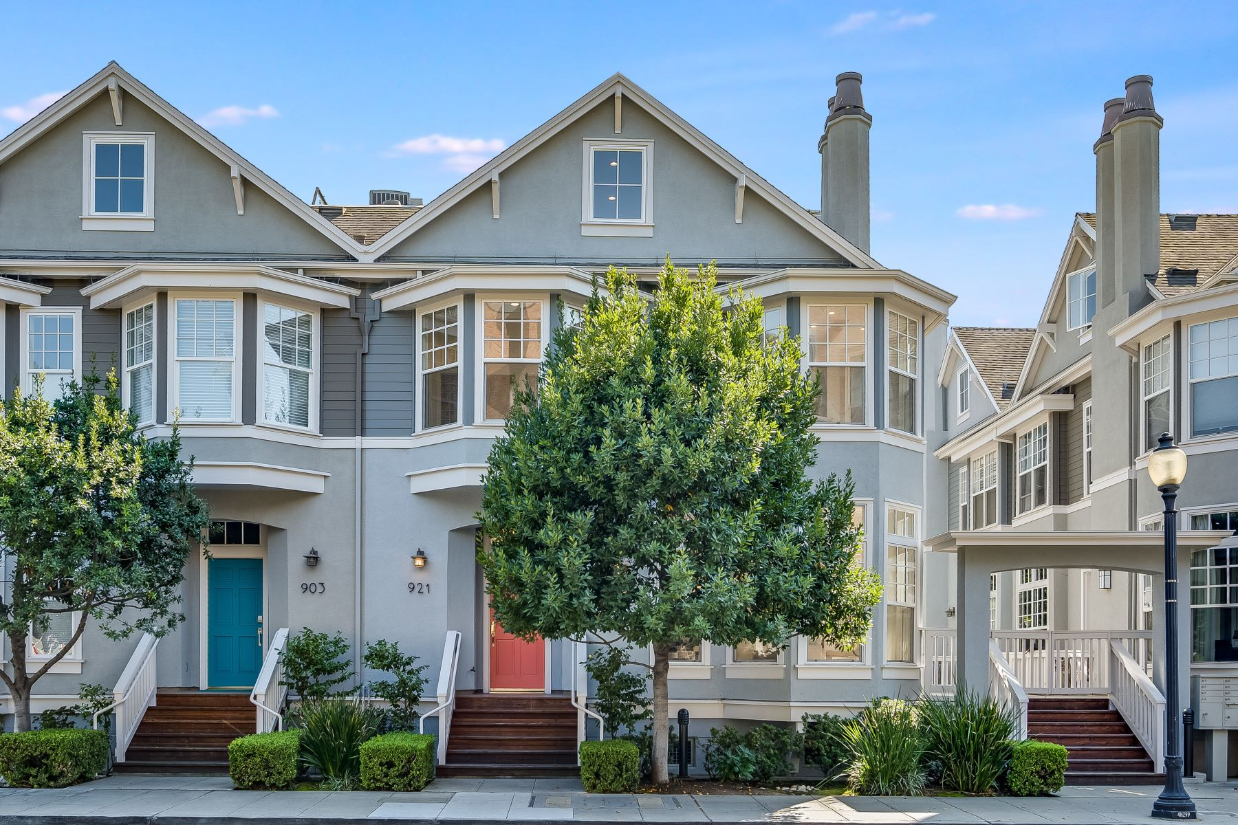 townhouses for Active at Rarely Available Contemporary Townhome Walking Distance to Castro Street 921 W Dana Street Mountain View, California 94041 United States