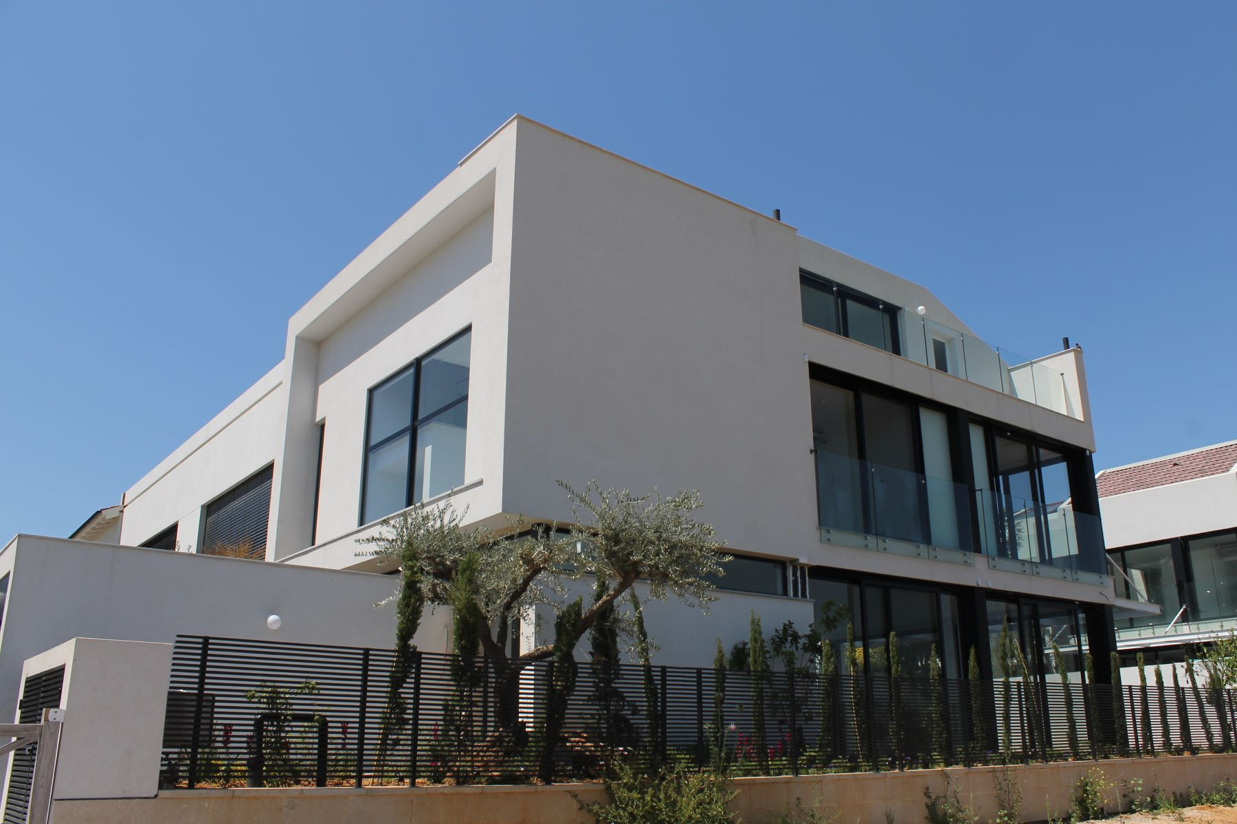 Additional photo for property listing at Impressive and unique house in Herzlia B Herzliya, Israel Israel