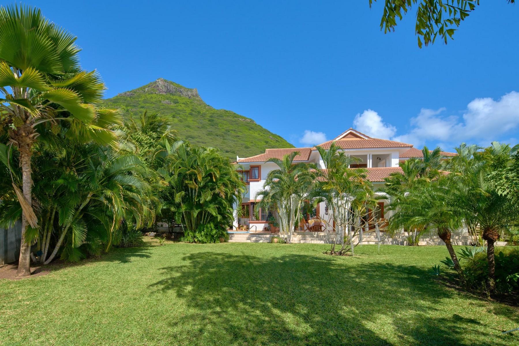 Casa Unifamiliar por un Venta en Accacia Tamarin, Black River, Mauricio