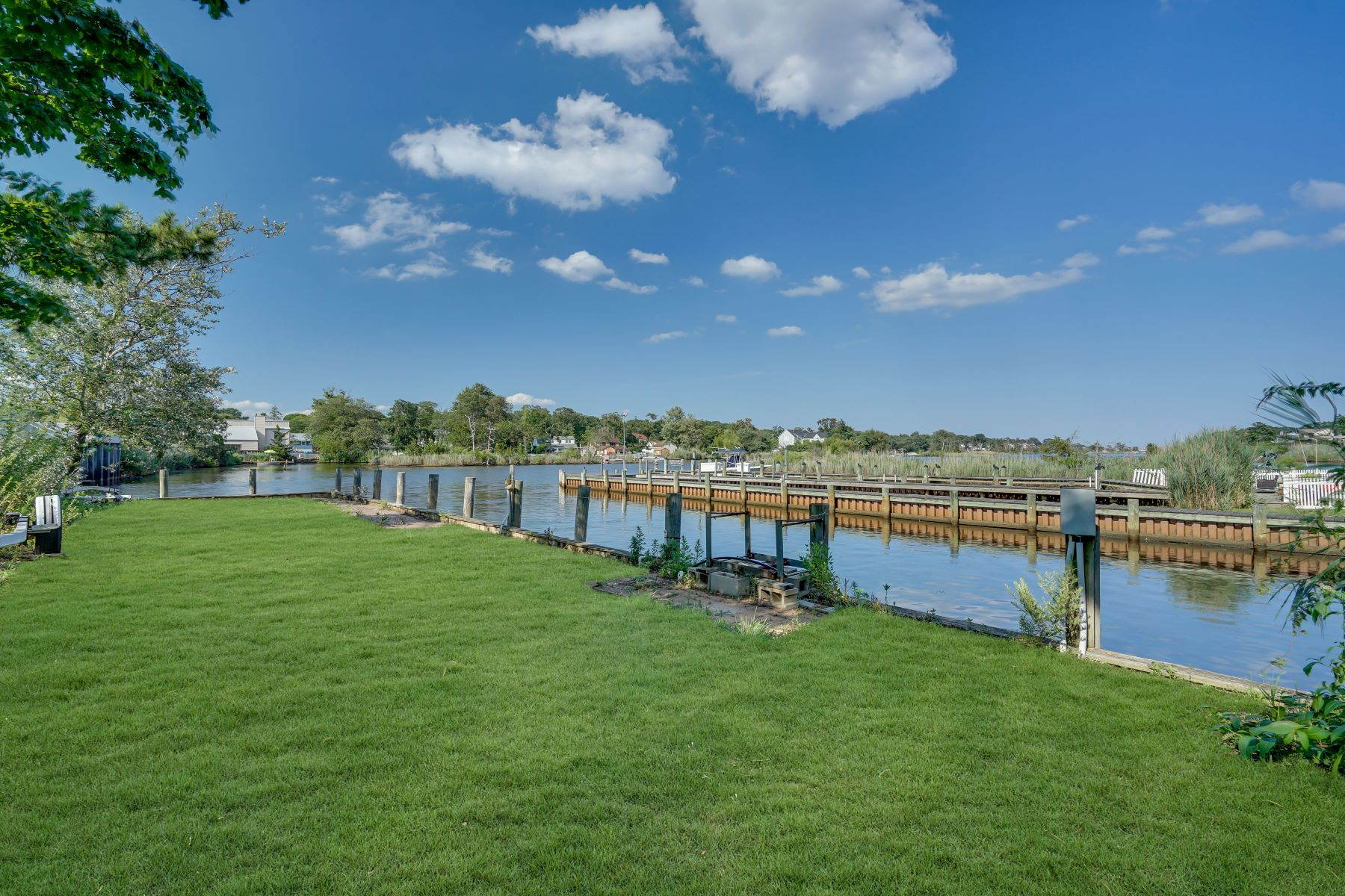 Single Family Homes for Active at Waterfront Property 811 Midstreams Road Brick, New Jersey 08724 United States