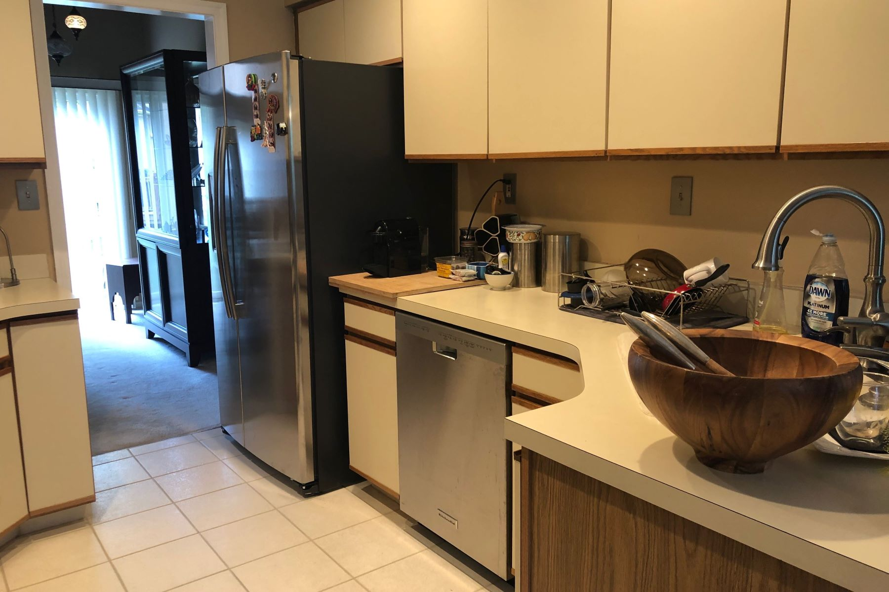 Additional photo for property listing at Princeton Gate Townhouse Available for Rent 39 Kingsland Circle, Monmouth Junction, New Jersey 08852 United States