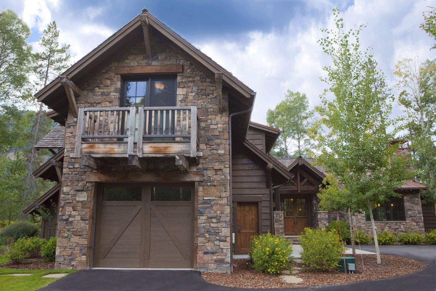 Maison unifamiliale pour l Vente à Fairway Away from the Snake River 15135 MARTIN CREEK RD Jackson, Wyoming, 83001 Jackson Hole, États-Unis