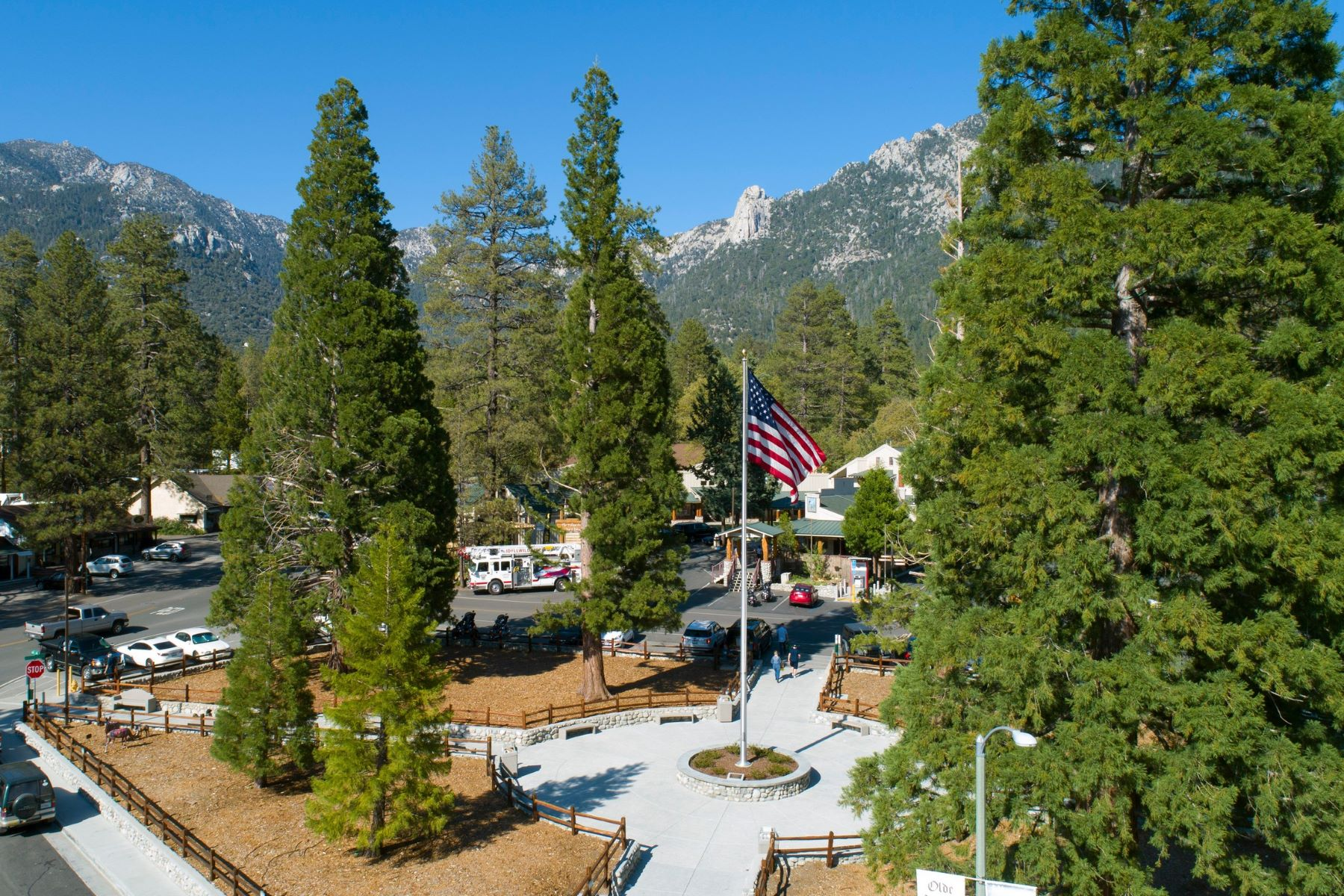 Single Family Homes for Sale at 55045 Strong Drive Idyllwild, California 92549 United States