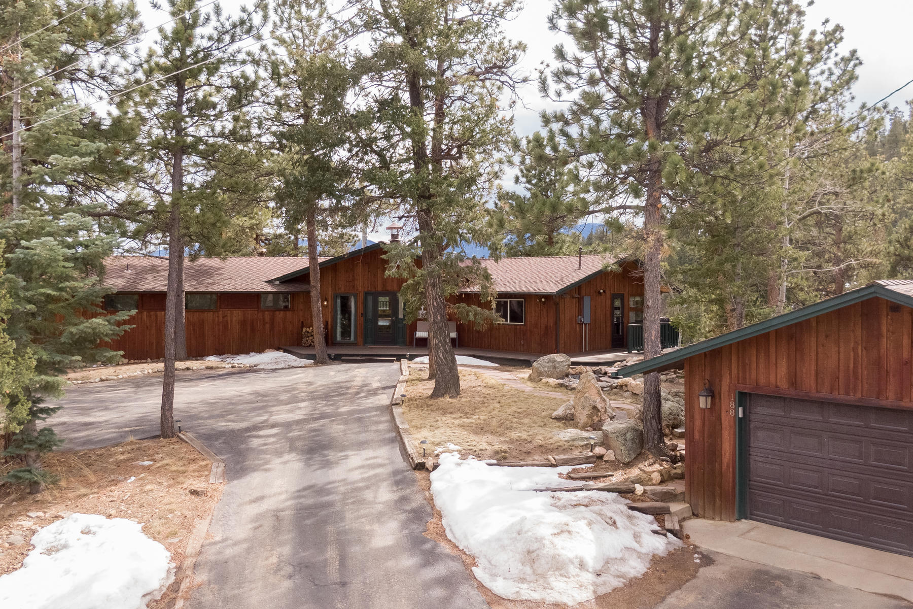 Single Family Homes for Active at Set atop a Ridge with Stunning Panoramic Mountain Views 188 Catamount Ridge Road Bailey, Colorado 80421 United States