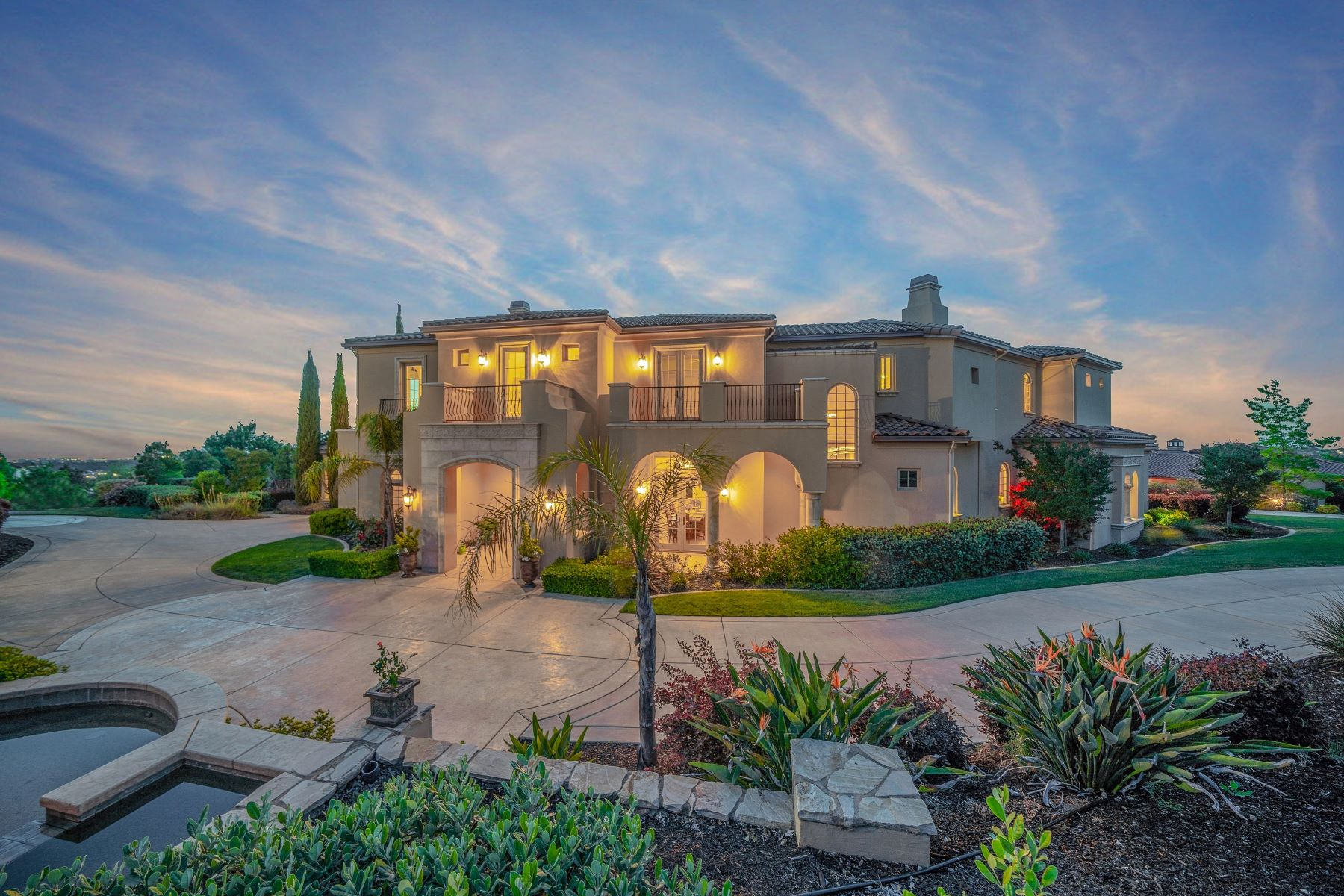 Single Family Homes for Active at Luxurious Two-Story Custom Built Home 3403 Vista De Madera Lincoln, California 95648 United States