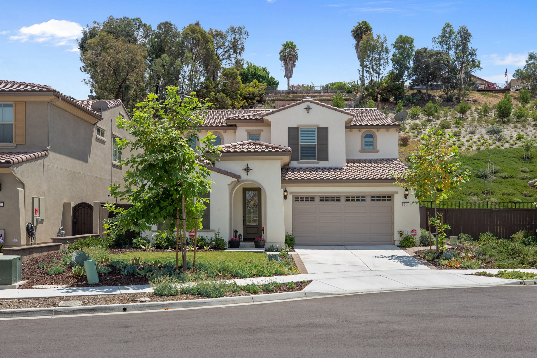 Single Family Home for Active at 243 Flores Lane 243 Flores Lane Vista, California 92083 United States