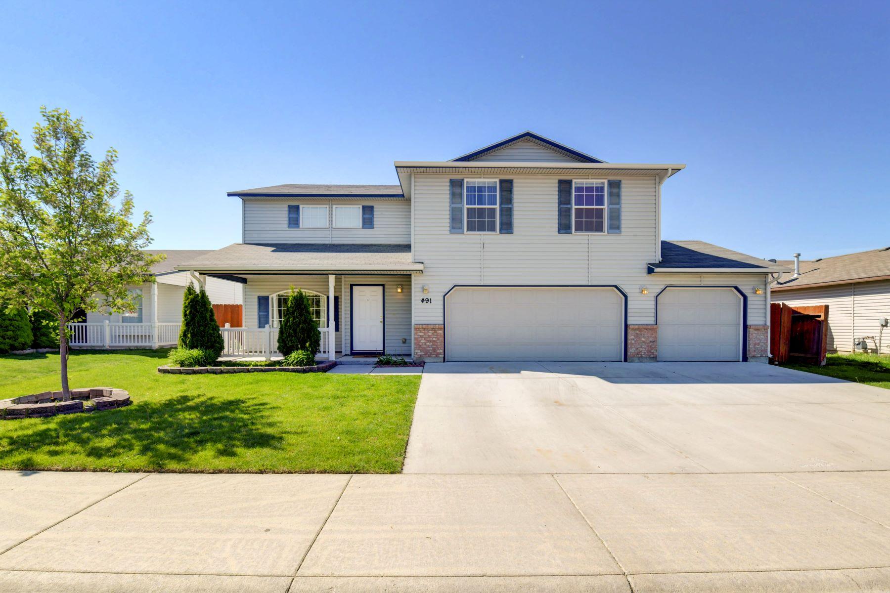 Single Family Home for Active at 491 Black Hawk Ct, Kuna 491 E Black Hawk Ct Kuna, Idaho 83634 United States