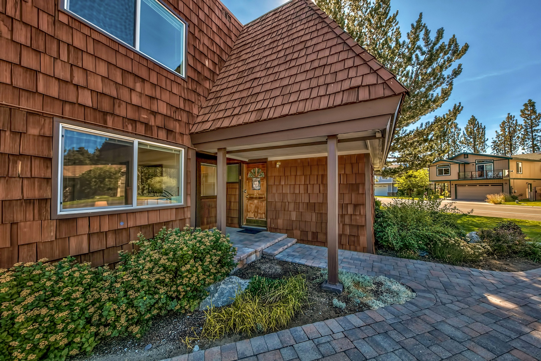 Property for Active at 2071 Venice Drive #296, South Lake Tahoe, CA 96150 2071 Venice Drive #296 South Lake Tahoe, California 96150 United States