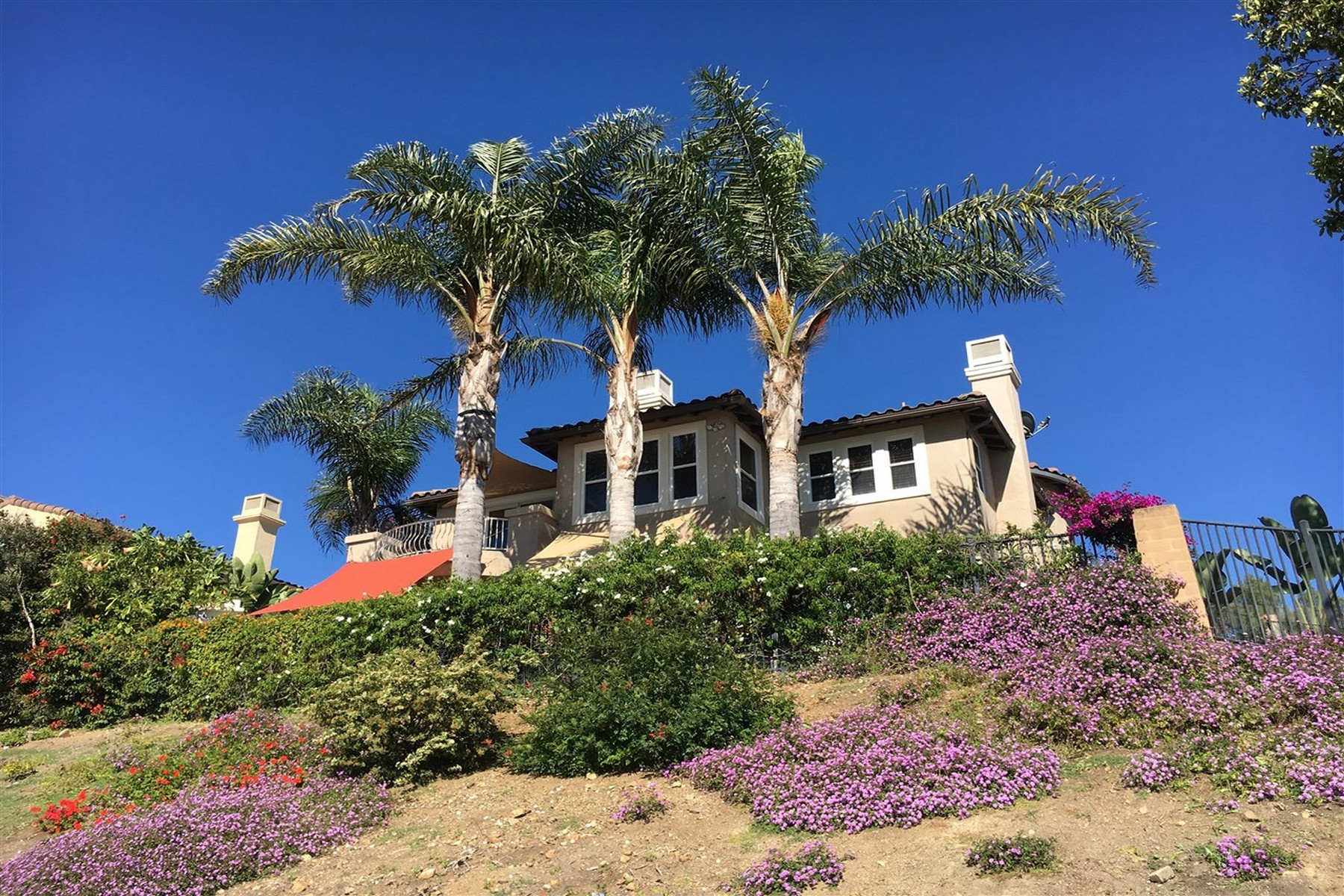 Single Family Home for Sale at 6281 Paseo Privado Carlsbad, California, 92009 United States