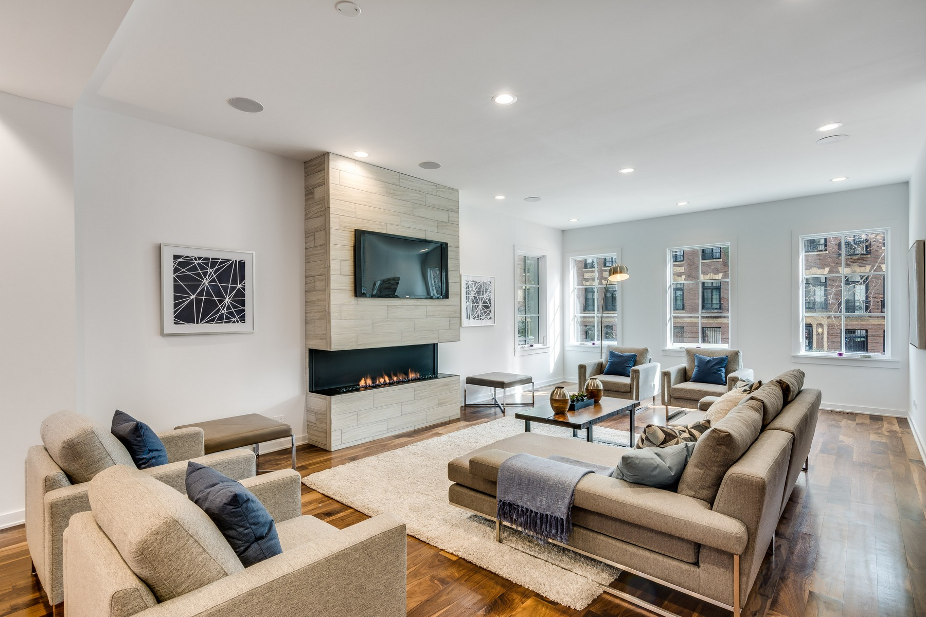 Single Family Home for Sale at Lavish New Construction in a Historic Area 22 E Elm Street Chicago, Illinois 60611 United States