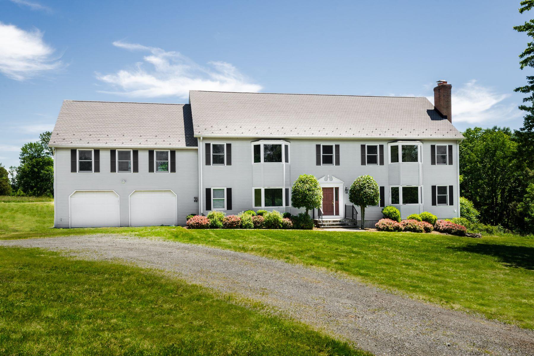 独户住宅 为 销售 在 So Many Possibiliities At This Fantastic Homestead - West Amwell Township 1728 Linvale Harbourton Road 兰伯特维尔, 新泽西州 08530 美国