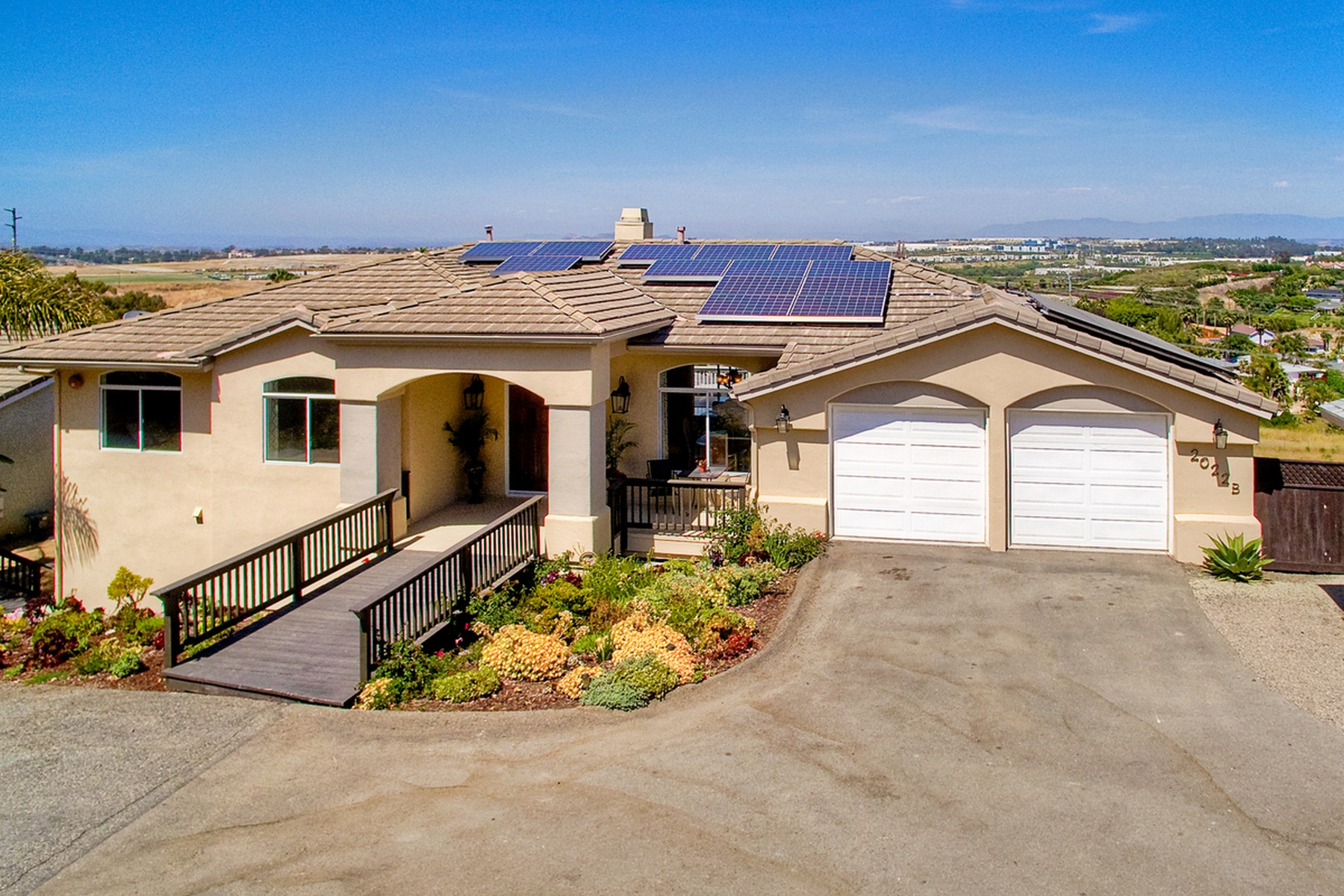 Single Family Home for Sale at 2022 Oceanview Road 2022 Oceanview Road Unit B Oceanside, California, 92056 United States