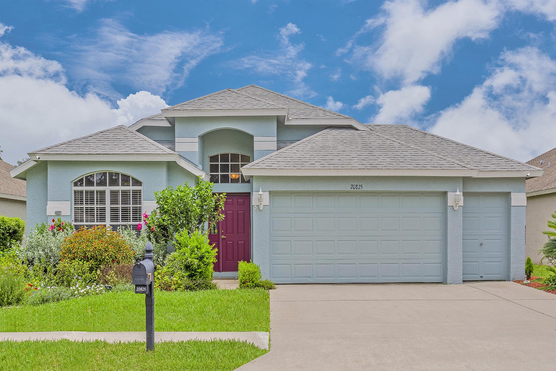Single Family Homes für Verkauf beim 20825 Nectarine Pl, Land O' Lakes, Florida 34637 Vereinigte Staaten