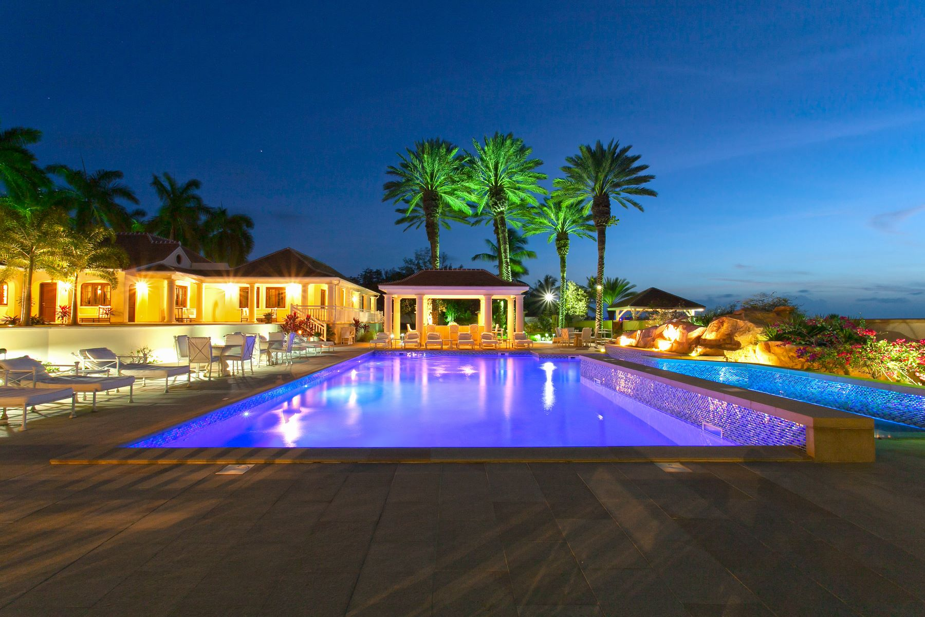 Additional photo for property listing at Château des Palmiers  Terres Basses, Cities In Saint Martin 97150 St. Martin