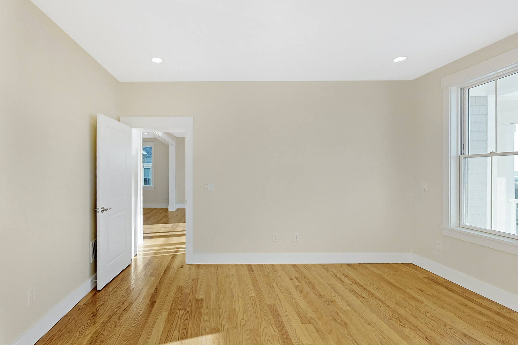 Additional photo for property listing at Luxury Condo New Construction 13 Whaleback Road Tiverton, Rhode Island 02878 United States