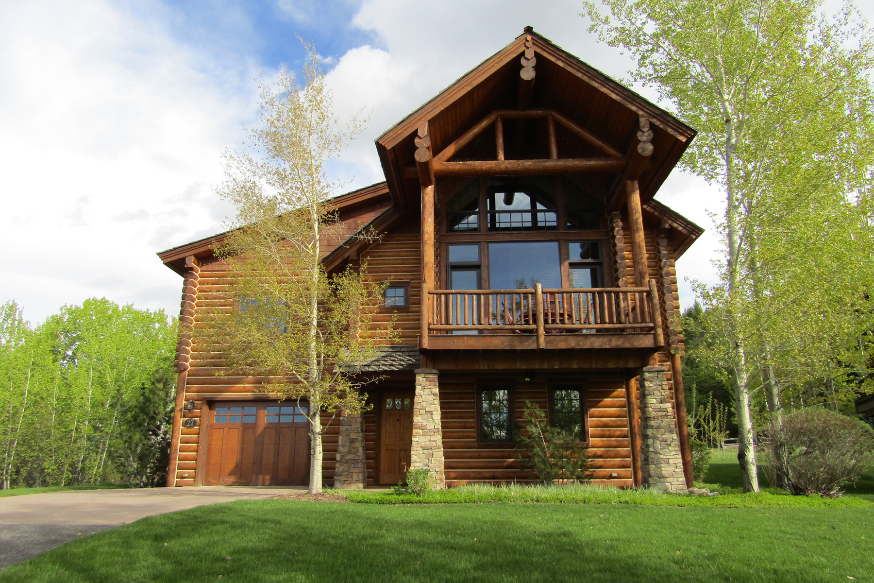 Single Family Homes for Sale at Teton Springs Cabin - Full Membership 27 Bannock Circle Victor, Idaho 83455 United States