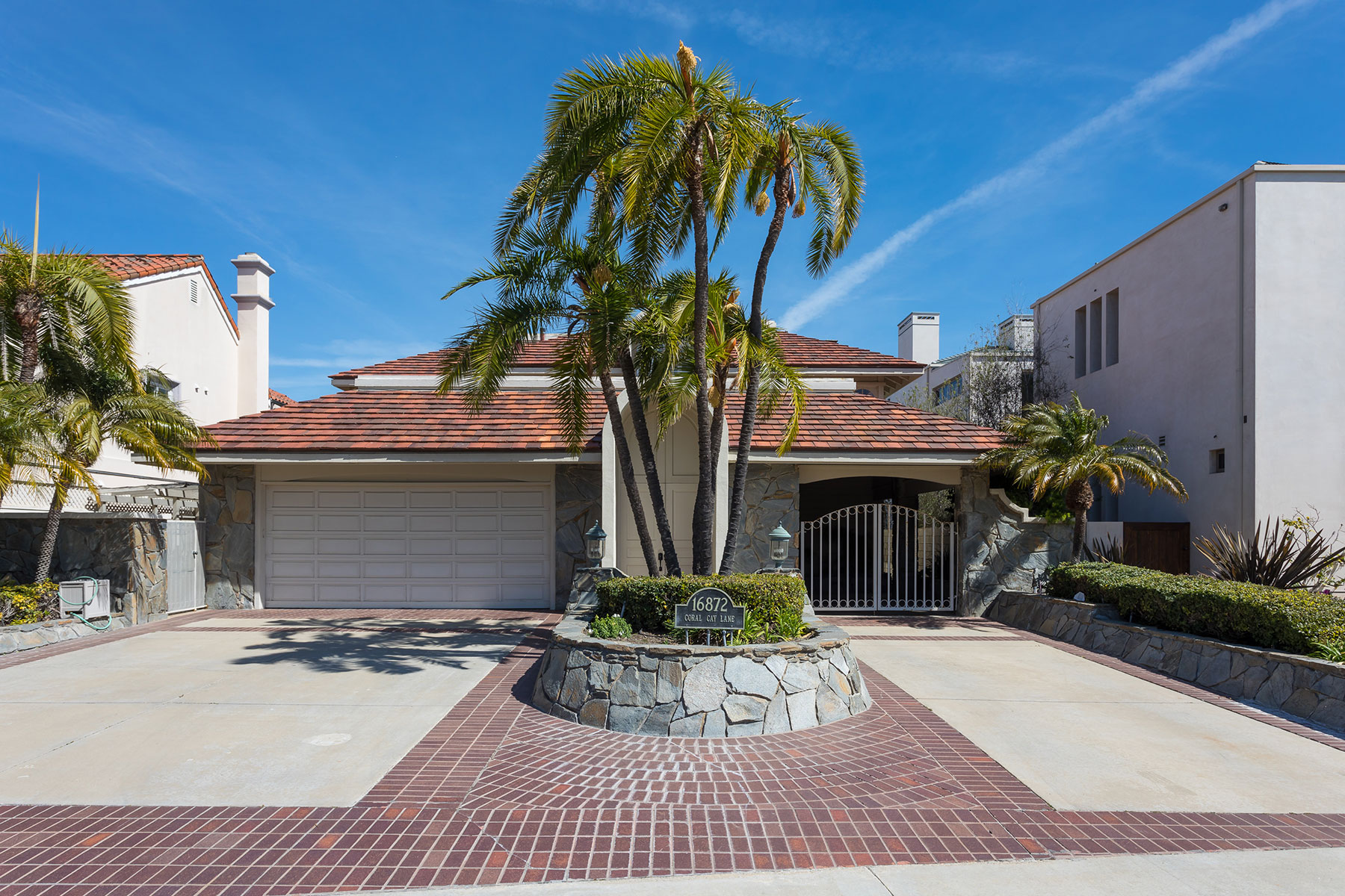 Single Family Home for Sale at 16872 Coral Cay Huntington Beach, California 92649 United States
