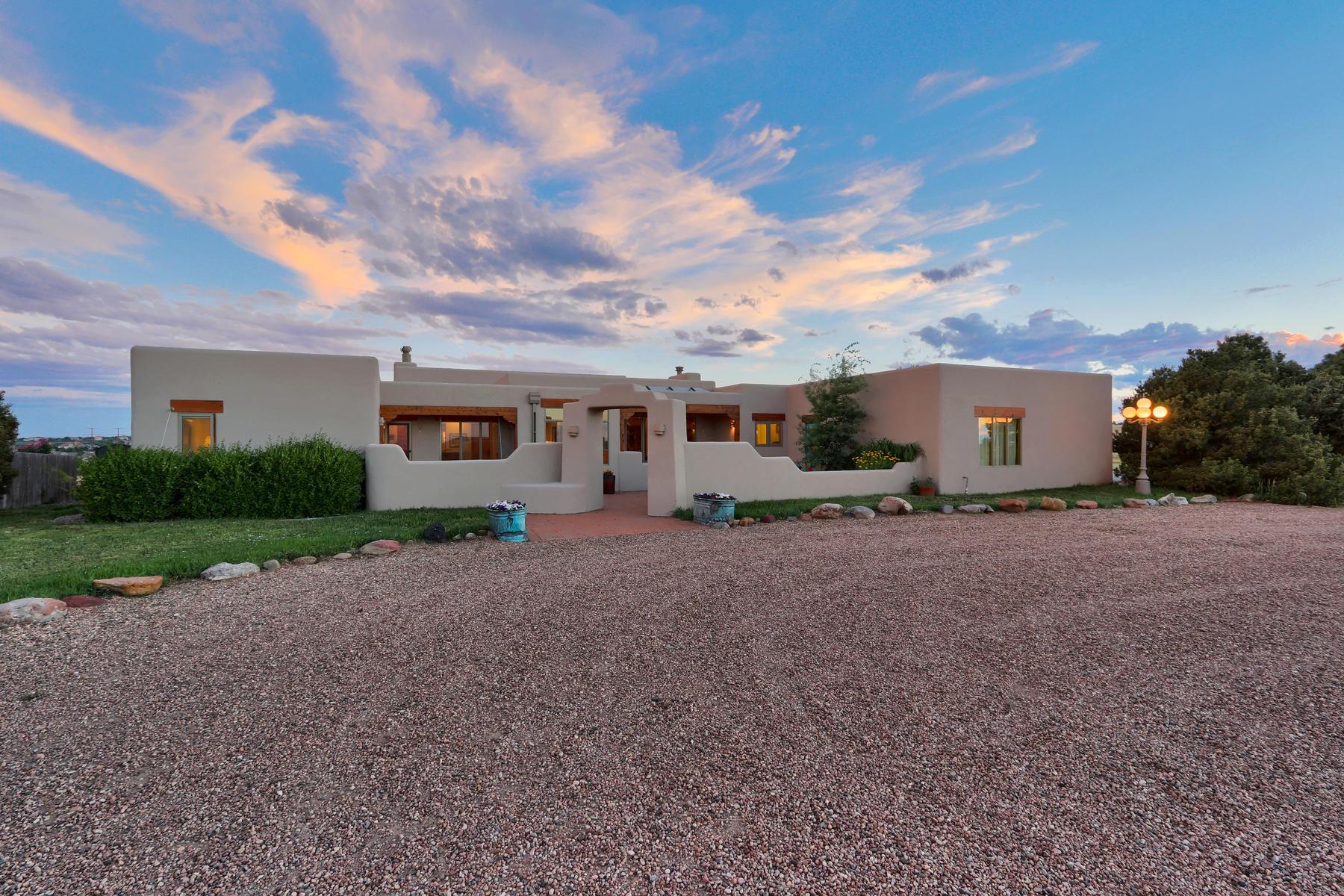 Single Family Homes のために 売買 アット 35 Acres of Equestrian Tranquility 1764 Mesa Ridge Lane, Castle Rock, コロラド 80108 アメリカ