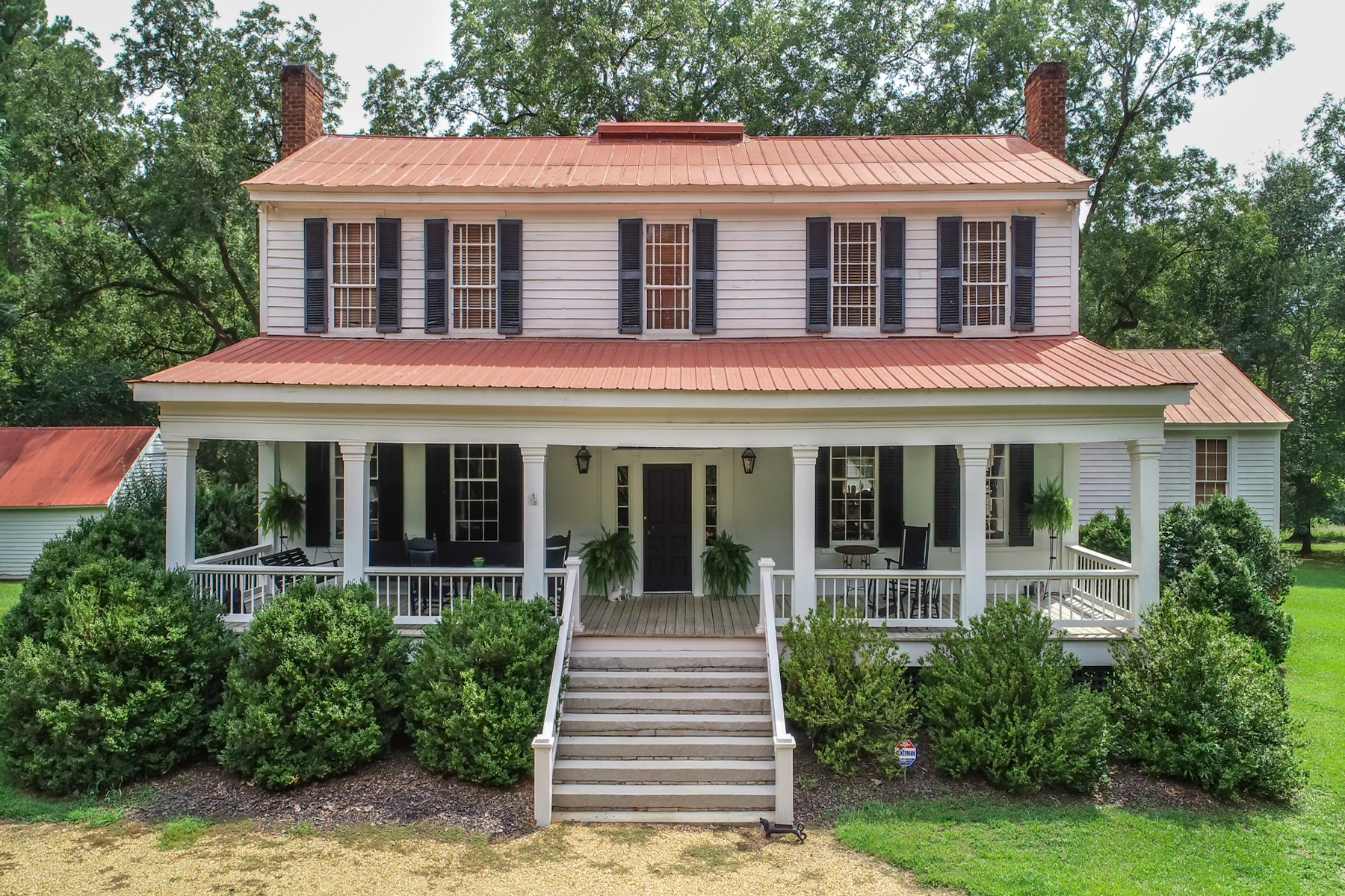 Single Family Homes のために 売買 アット Fabulous Restoration of Georgia Plains Style Manor Home 2972 Union Point Road, Maxeys, ジョージア 30671 アメリカ