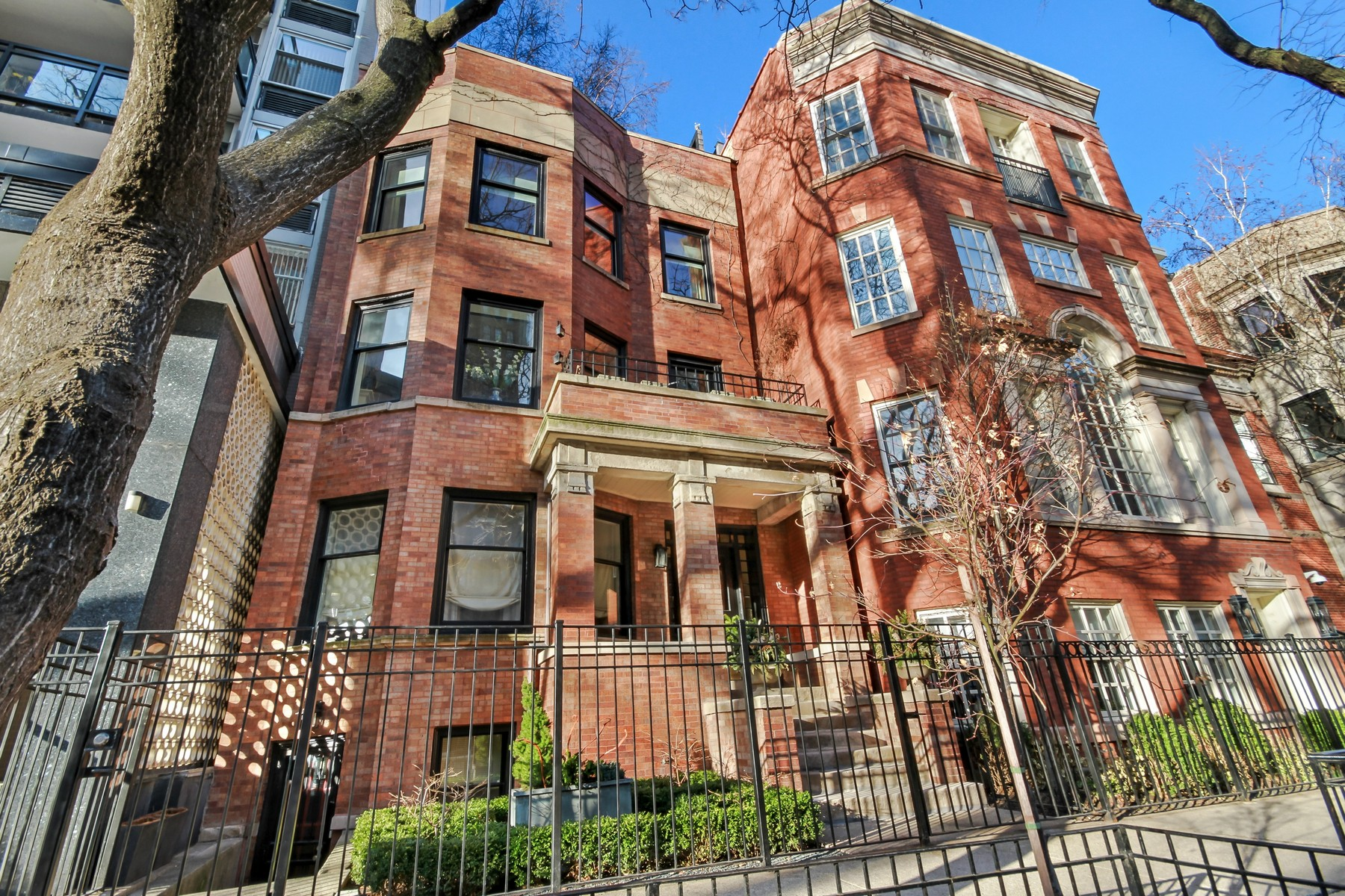 Condominium for Sale at Stunning Two Bed Two Bath in the Heart of the Gold Coast 34 E Elm Street Unit 4, Near North Side, Chicago, Illinois, 60611 United States