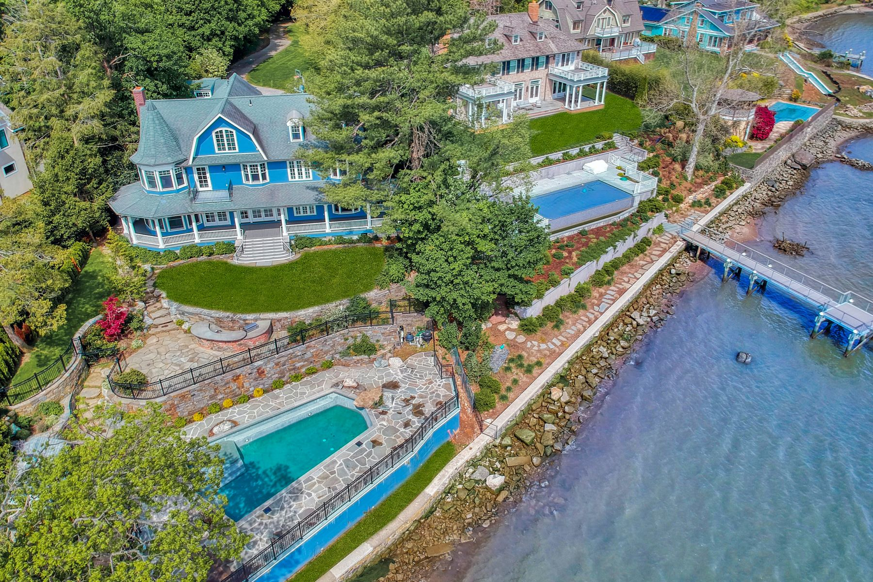 Single Family Homes for Active at River House 6 Voorhis Point South Nyack, New York 10960 United States
