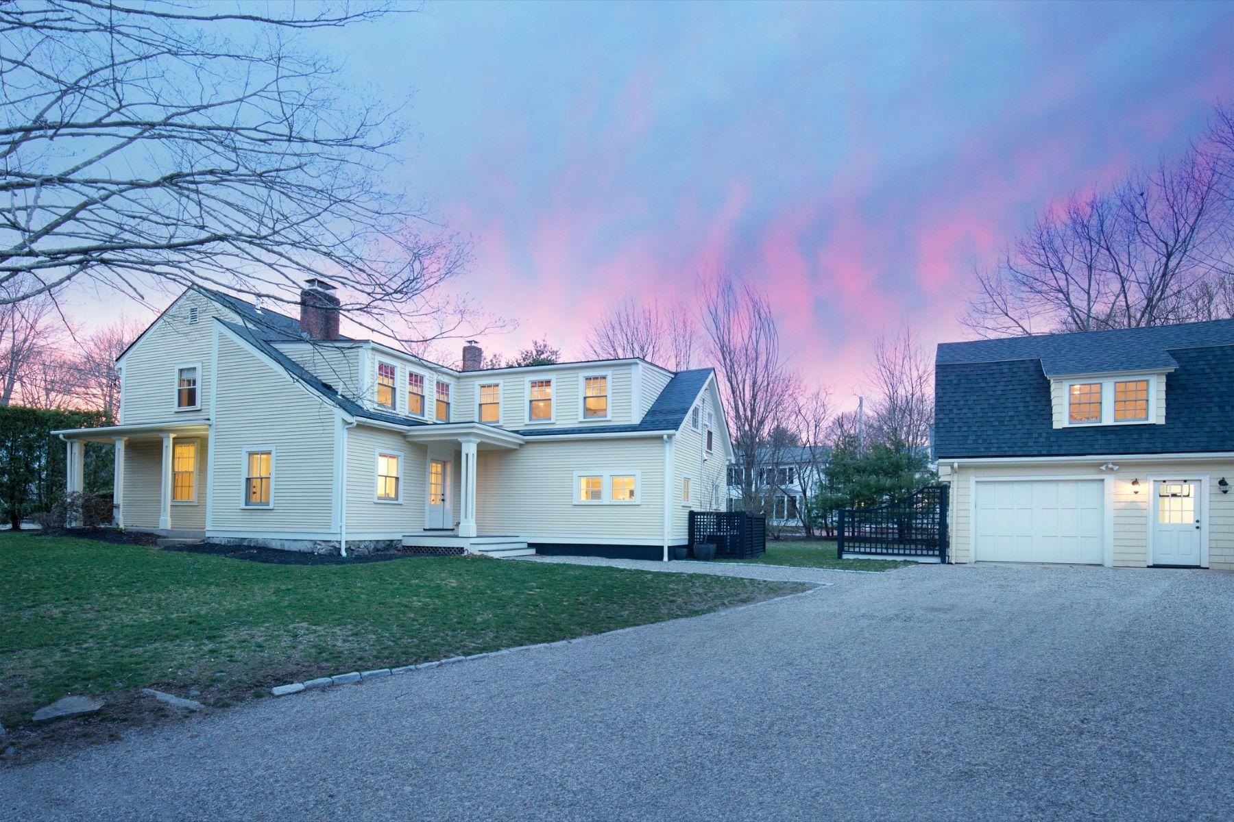 Casa para uma família para Venda às Stunning Scandinavian Design Home 881 Massachusetts Ave Lexington, Massachusetts, 02420 Estados Unidos