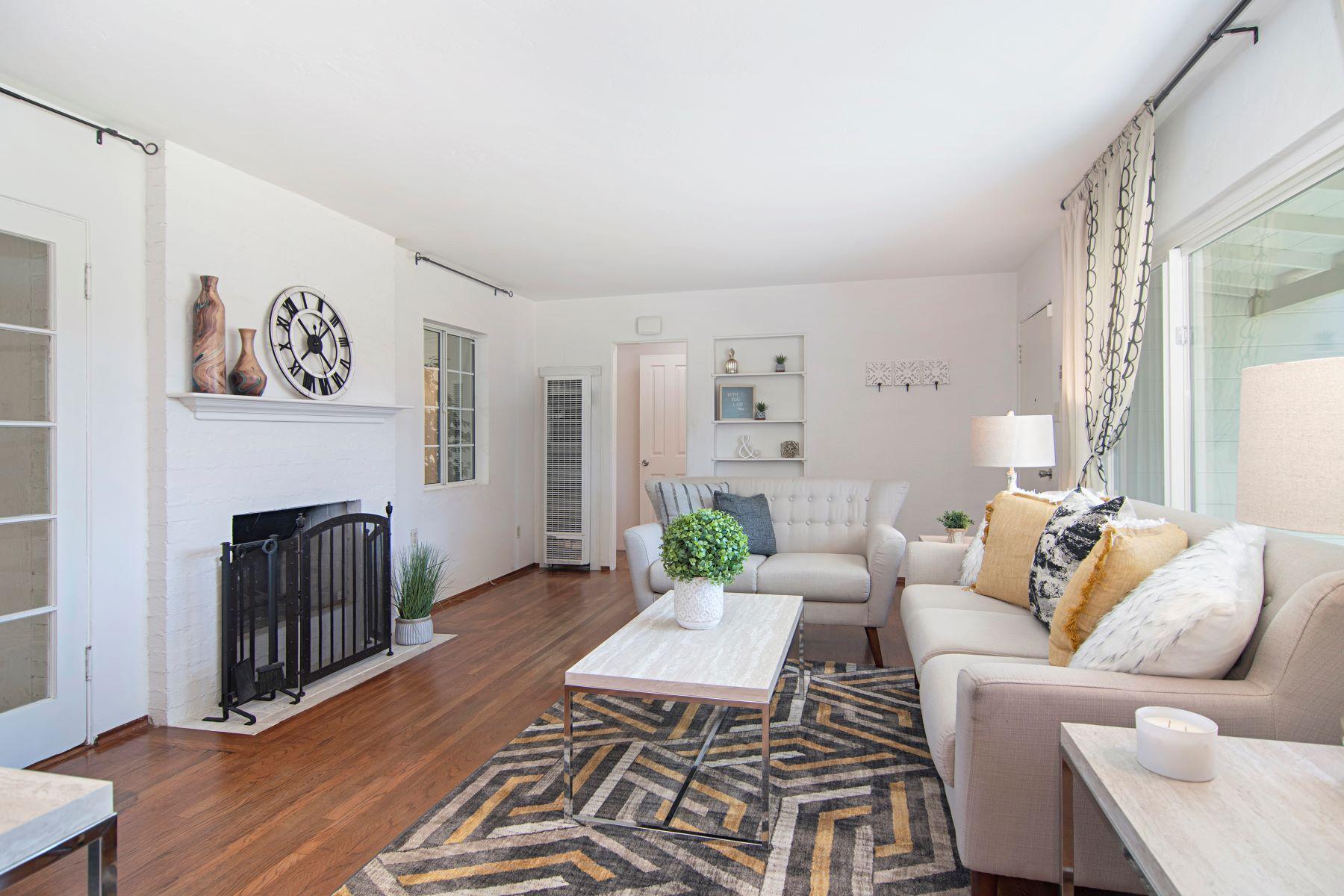 Single Family Homes para Venda às Lemon Grove Charmer 1605 Colfax Drive, Lemon Grove, Califórnia 91945 Estados Unidos