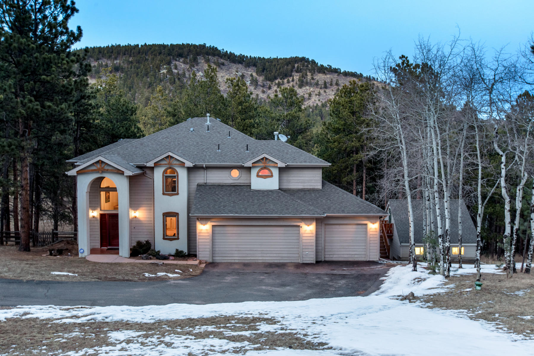 Single Family Home for Sale at Beautiful Mountain Contemporary Home on 1.5 Acres 46 Greystone Trail, Evergreen, Colorado, 80439 United States