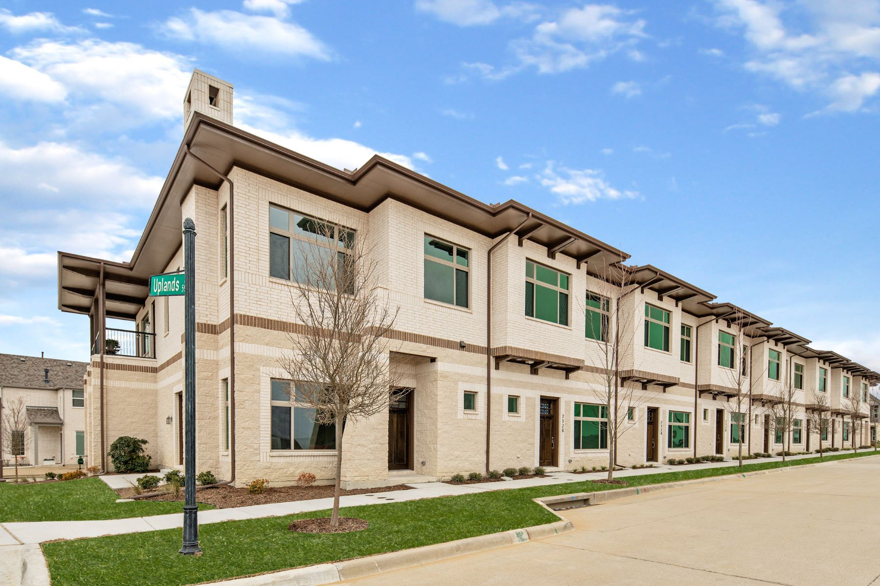 townhouses for Sale at Trails at Craig Ranch 7128 Wessex Court McKinney, Texas 75070 United States
