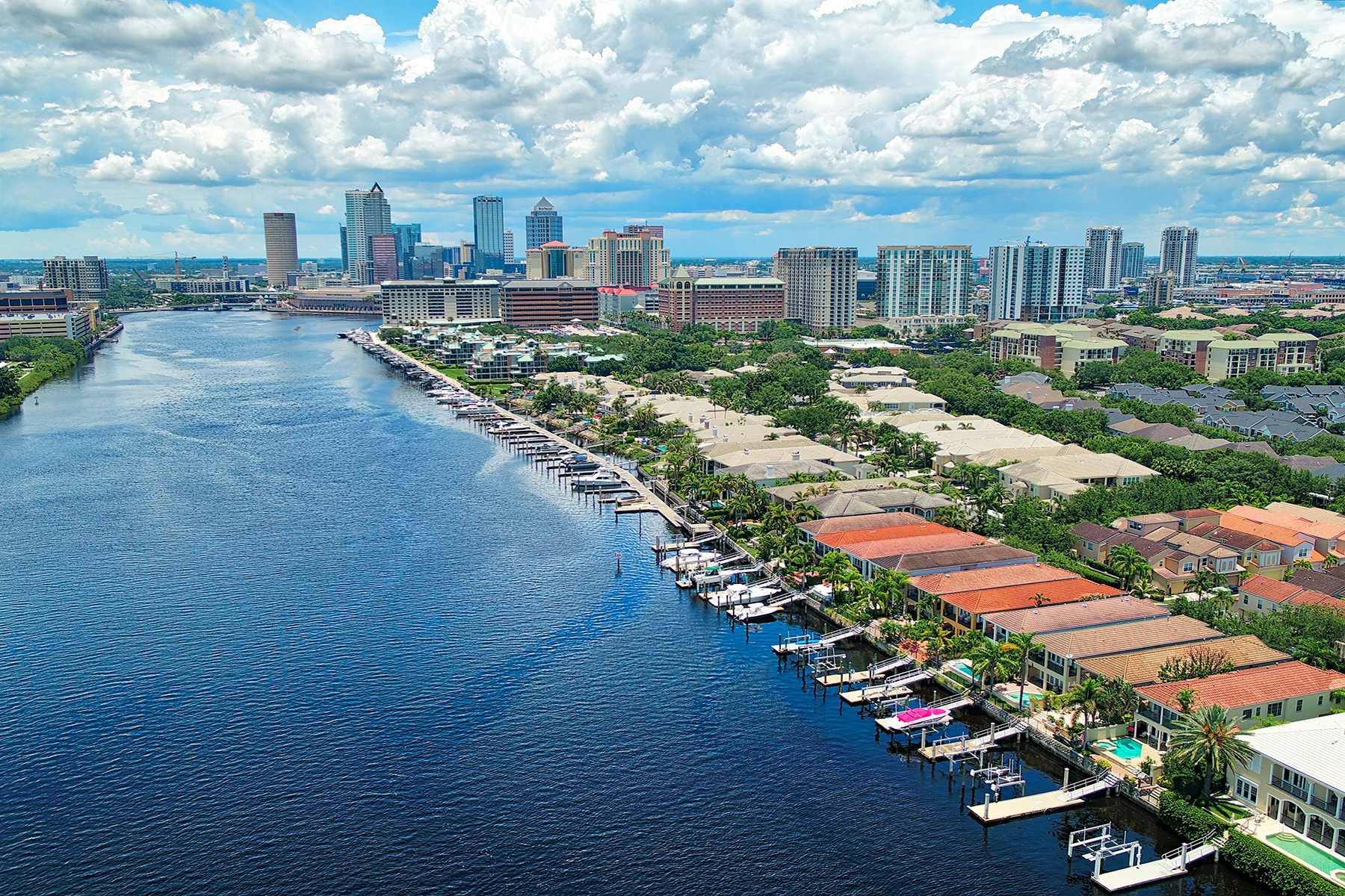 single family homes for Active at HARBOUR ISLAND 1023 Royal Pass Rd Tampa, Florida 33602 United States