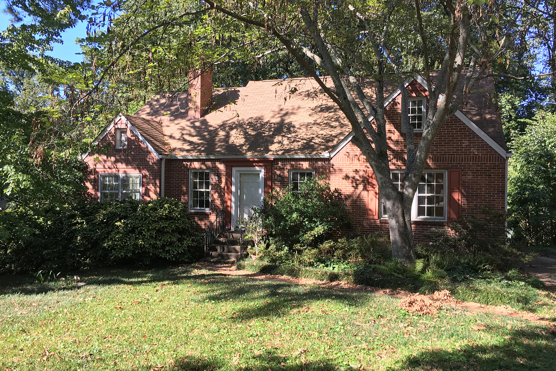 Single Family Home for Rent at Amazing Opportunity to Live in the Very Heart of Coveted Glenwood Estates 405 Glenn Circle Decatur, Georgia 30030 United States