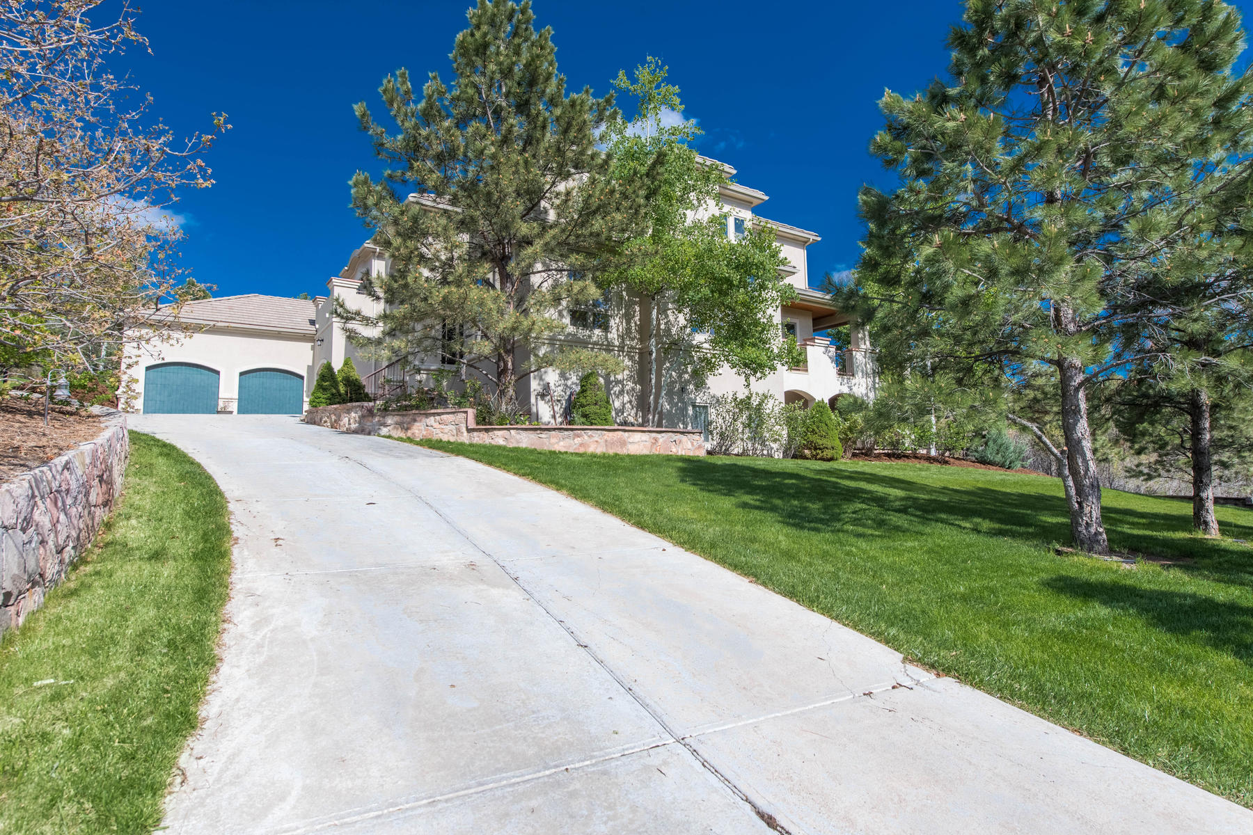 Single Family Home for Active at 937 Aztec Dr 937 Aztec Dr Castle Rock, Colorado 80108 United States