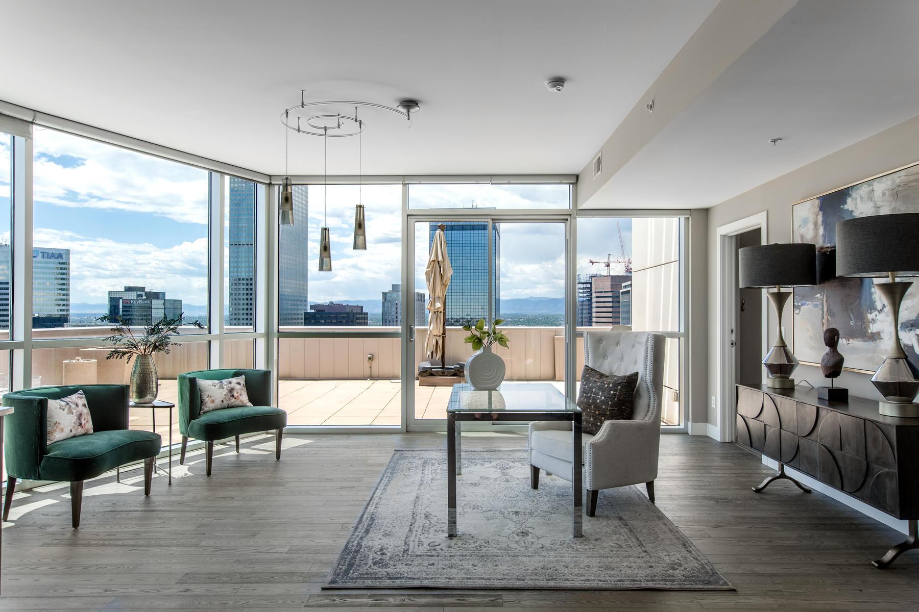 Condominiums для того Продажа на DREAMS DO COME TRUE 2001 Lincoln Street Unit #2823, Denver, Колорадо 80202 Соединенные Штаты