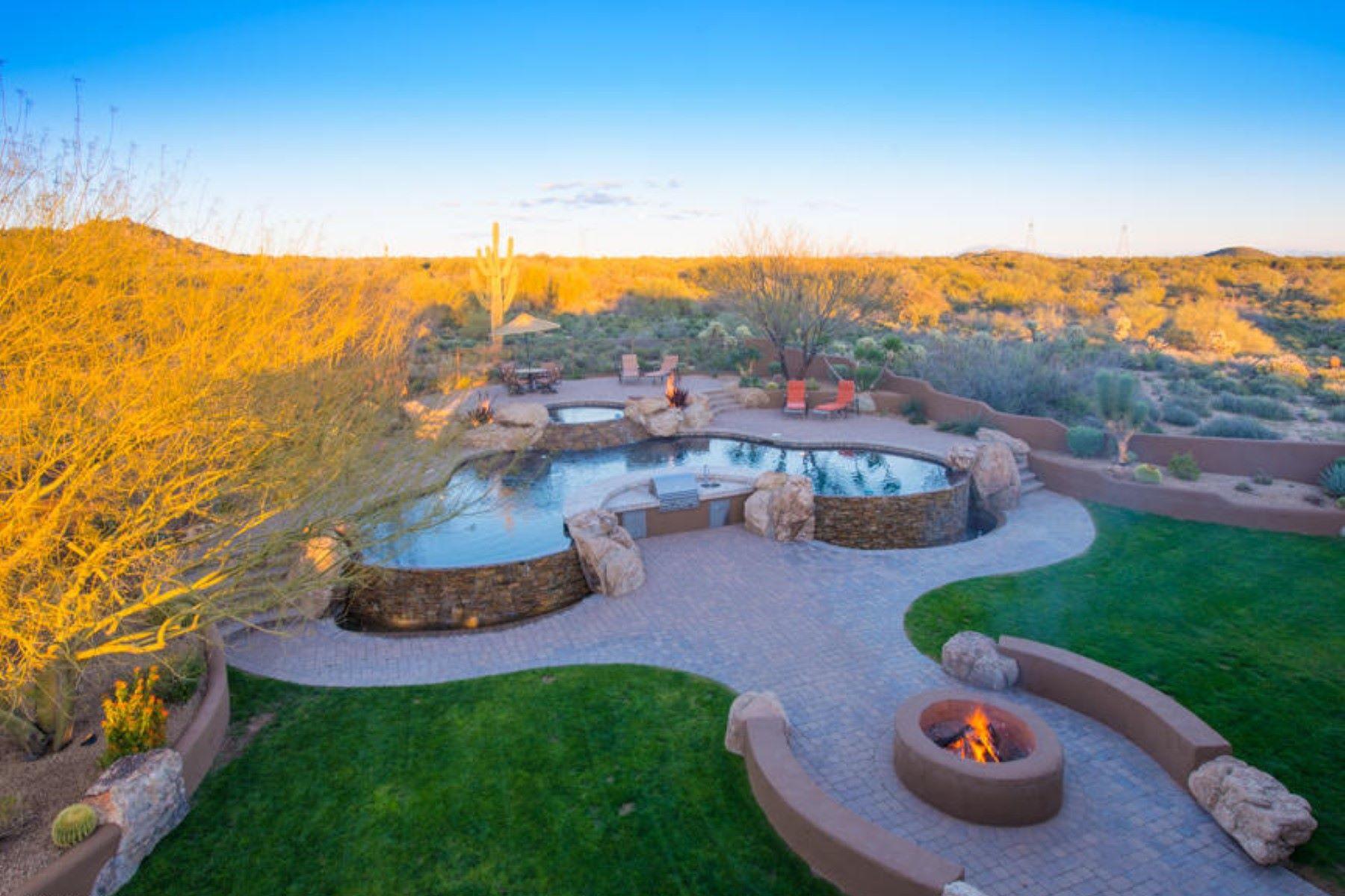 Частный односемейный дом для того Продажа на Immaculate custom home in Vista Valle community of North Scottsdale 37935 N Boulder View Drive Scottsdale, Аризона, 85262 Соединенные Штаты