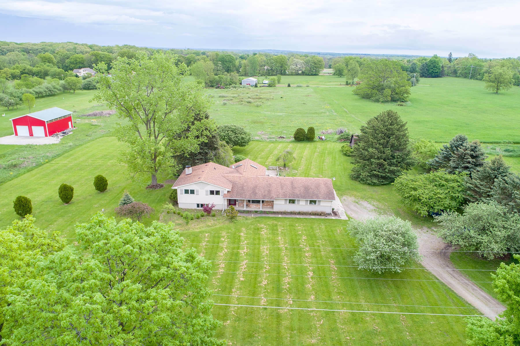 Single Family Homes for Sale at Rose Township 8950 Hickory Ridge Road Holly, Michigan 48442 United States