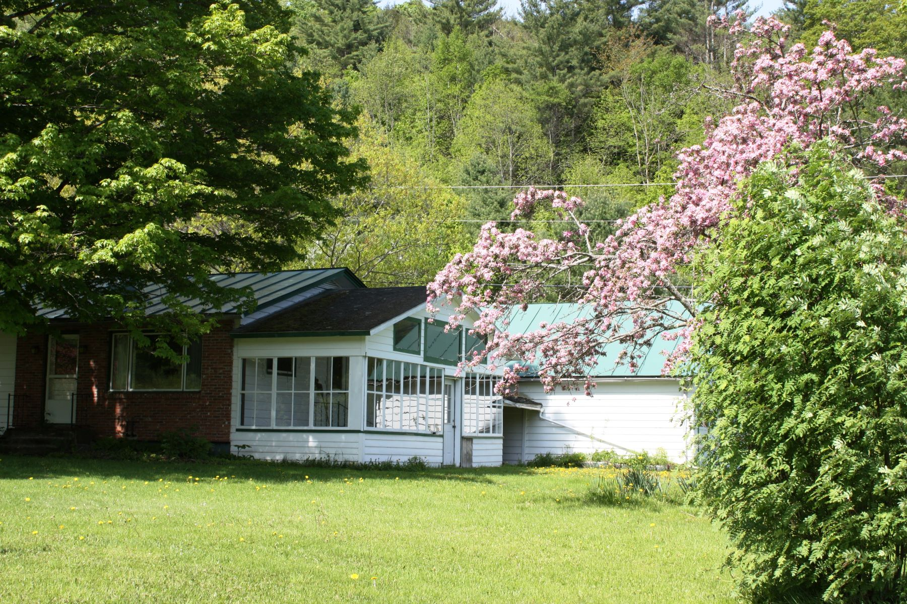 Single Family Homes for Sale at 9273 Vermont Route 12 Highway Barnard, Vermont 05031 United States
