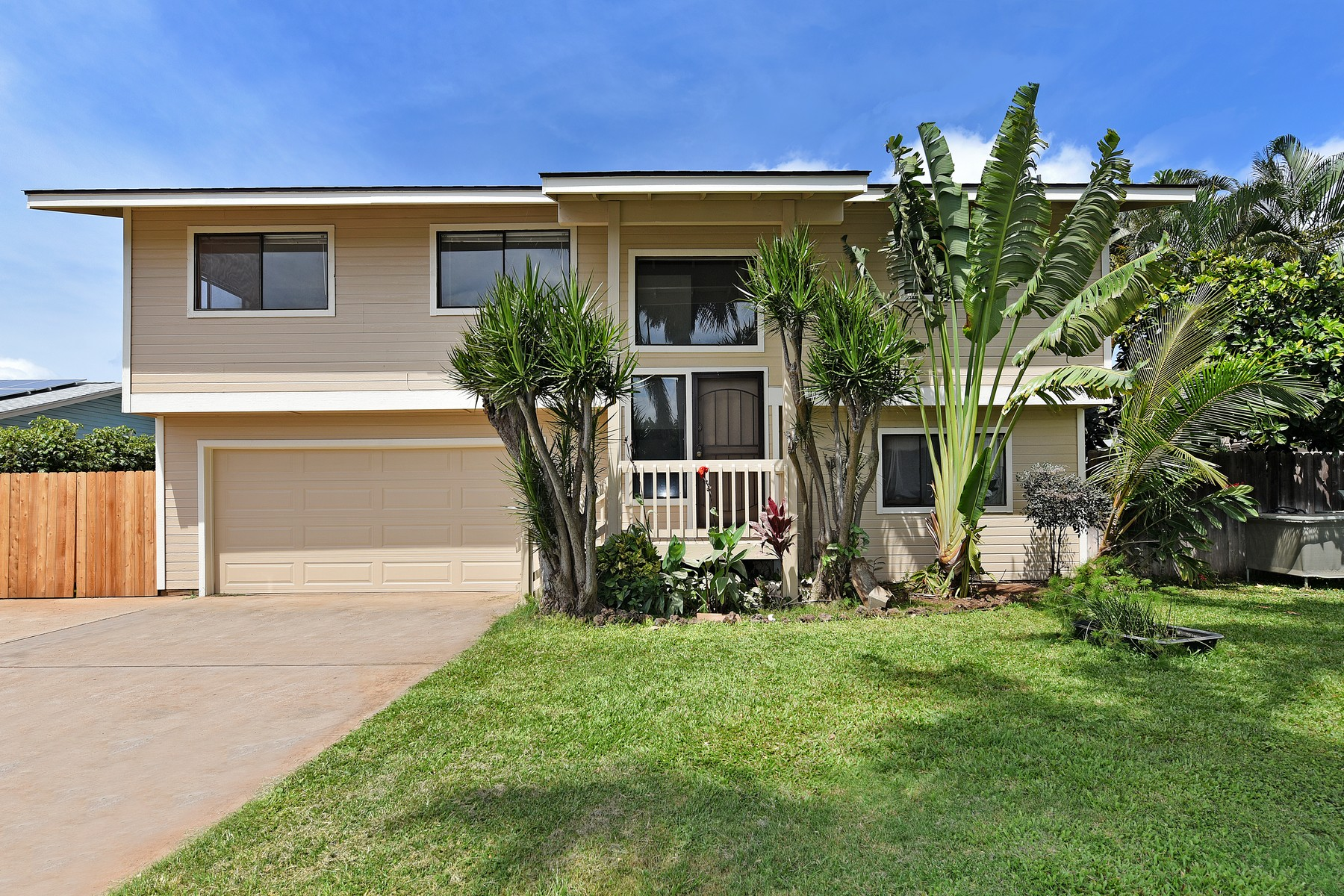 Multi-Family Home for Sale at Great Kihei House with Ohana 41 Alania Pl Kihei, Hawaii 96753 United States