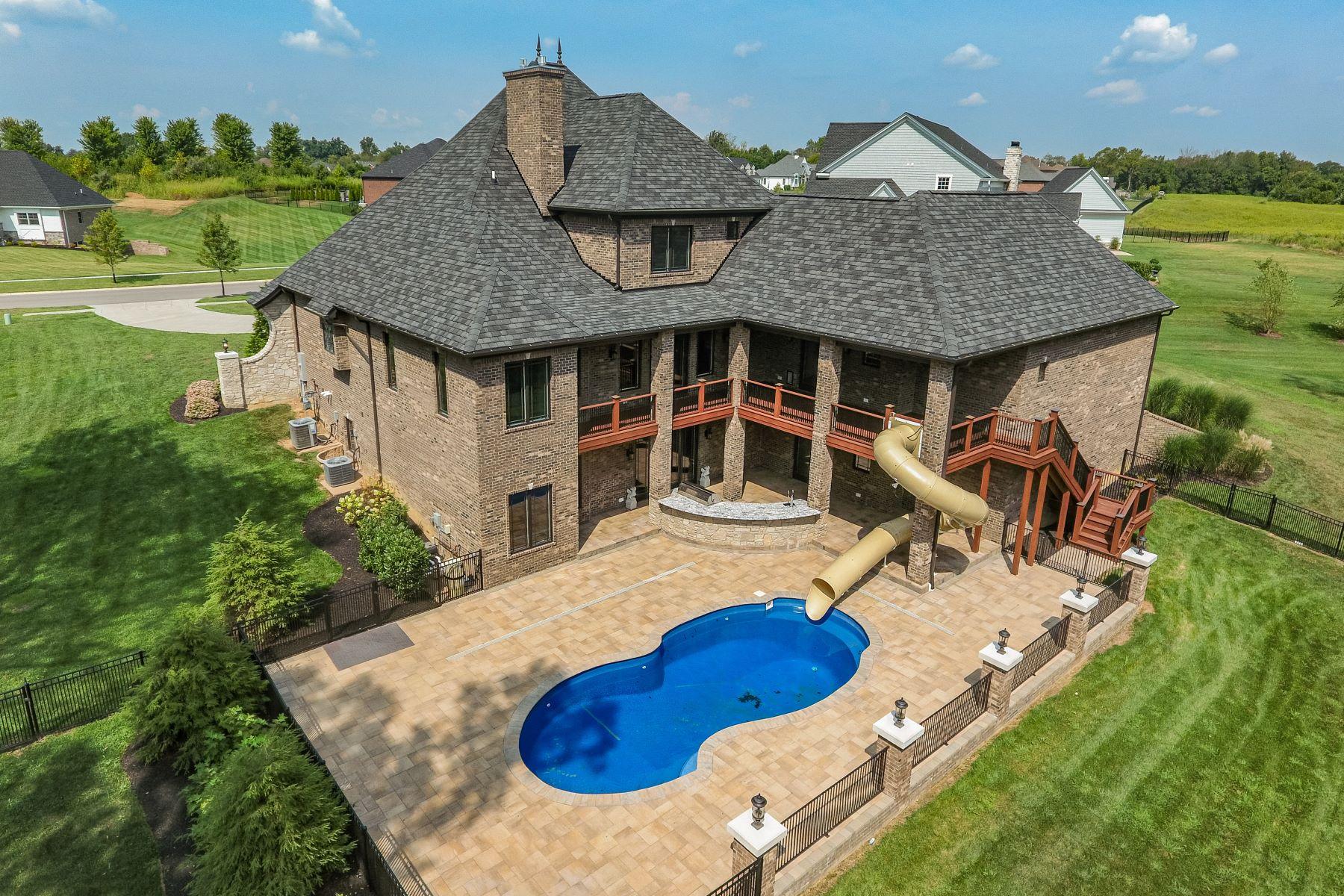 Single Family Homes pour l Vente à 12429 Poplar Woods Drive Goshen, Kentucky 40026 États-Unis